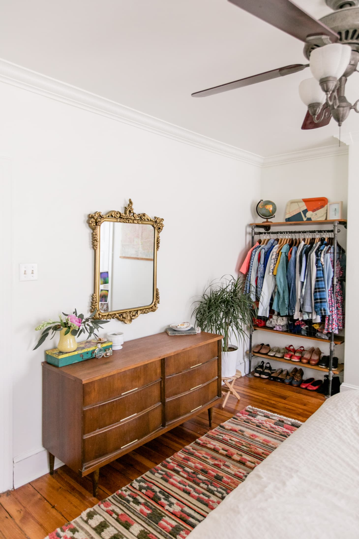 How To Create A Bedroom Quot Closet Quot With Clothing Racks Apartment Therapy