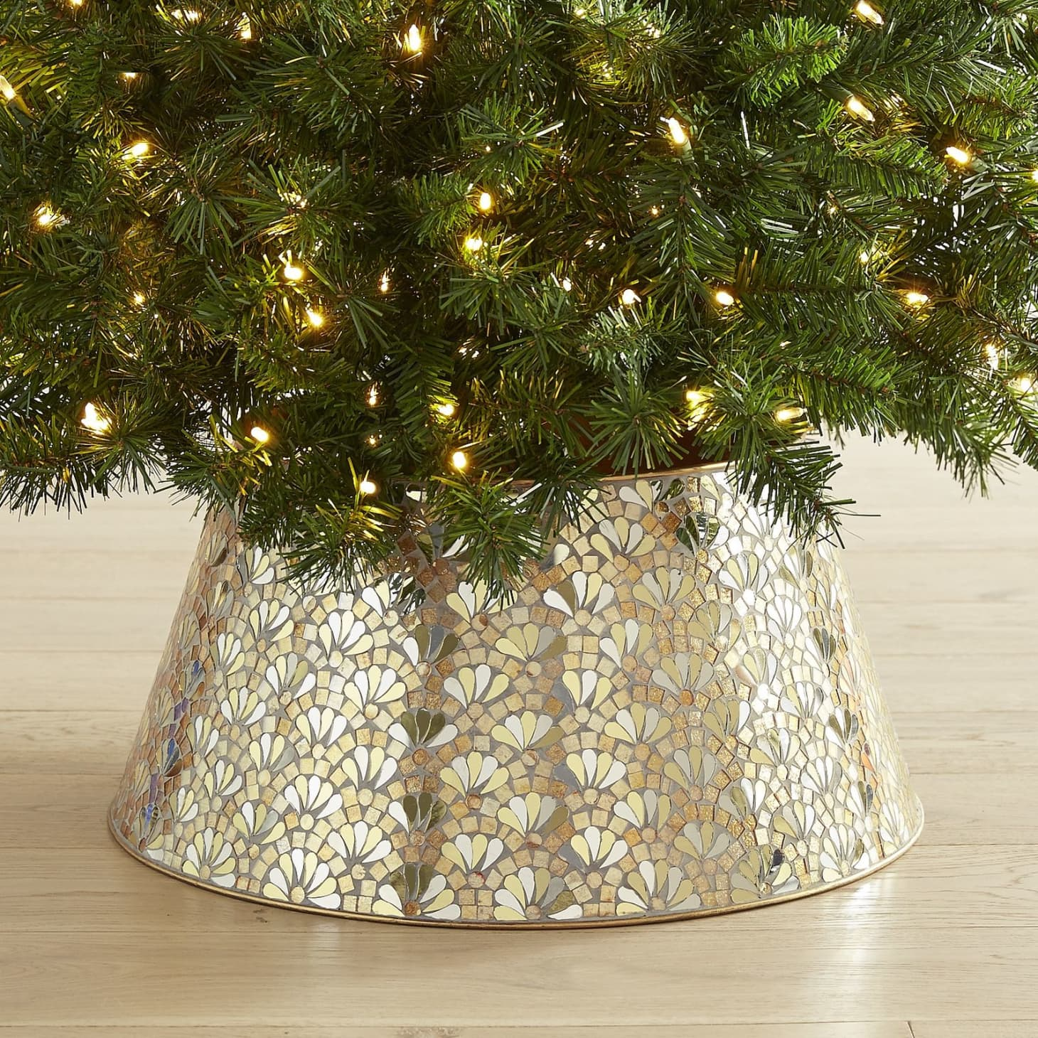 What Are Christmas Tree Collars & Where to Get Them ... - photo#2