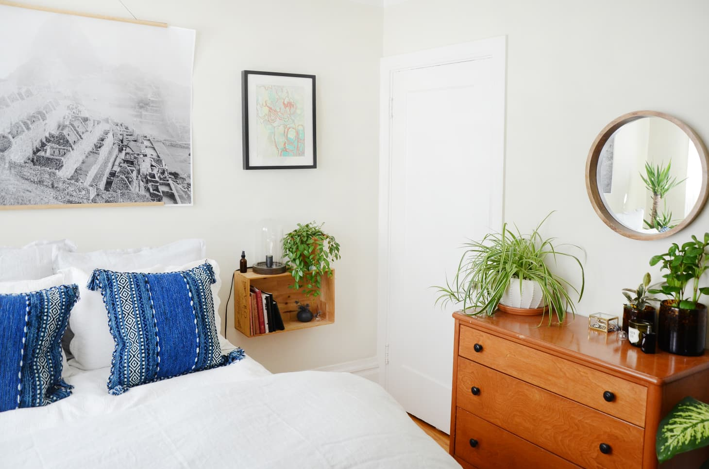 The Best Small Space Bedroom Ideas   Apartment Therapy