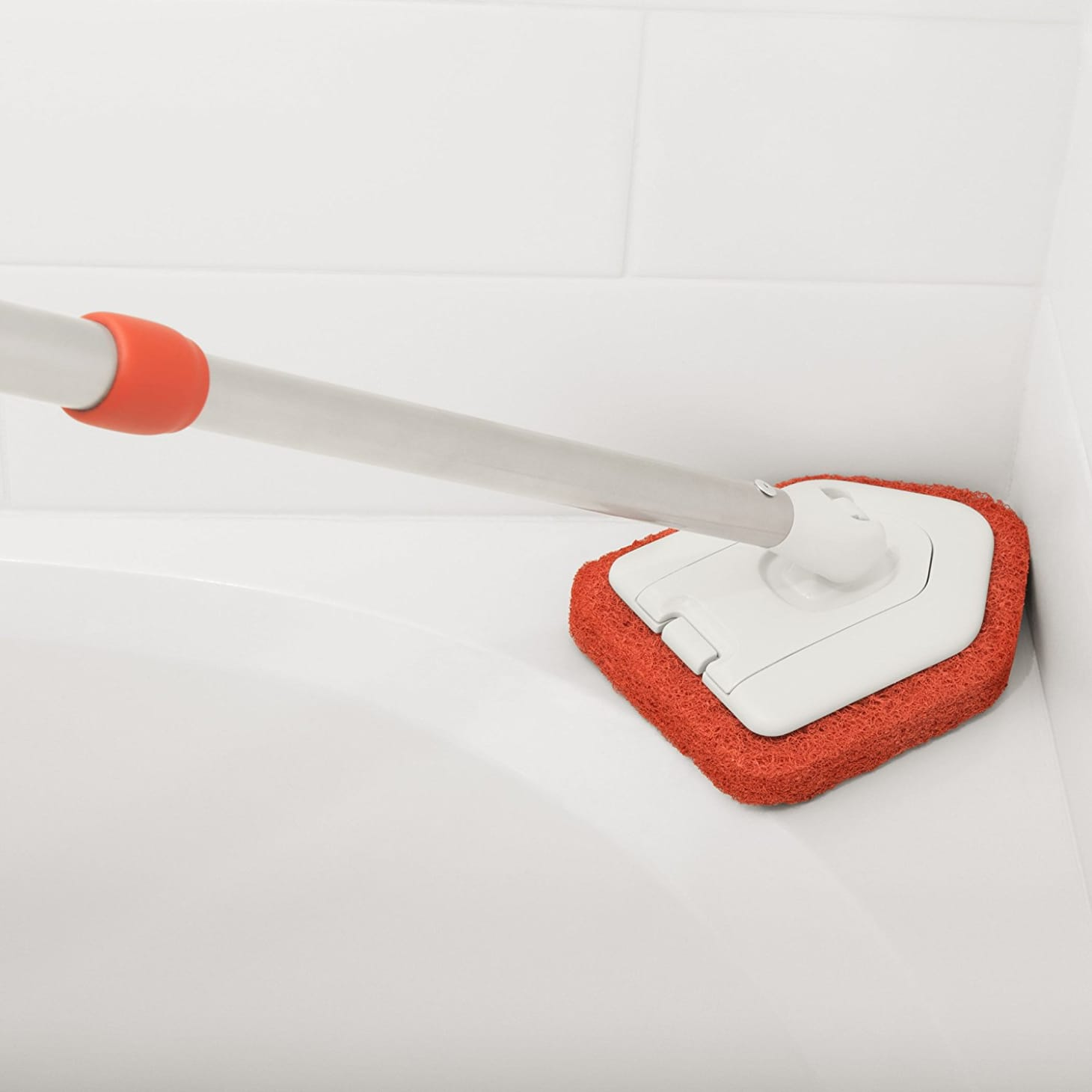 Oxo Extendable Tub Cleaner Solves All Your Problems