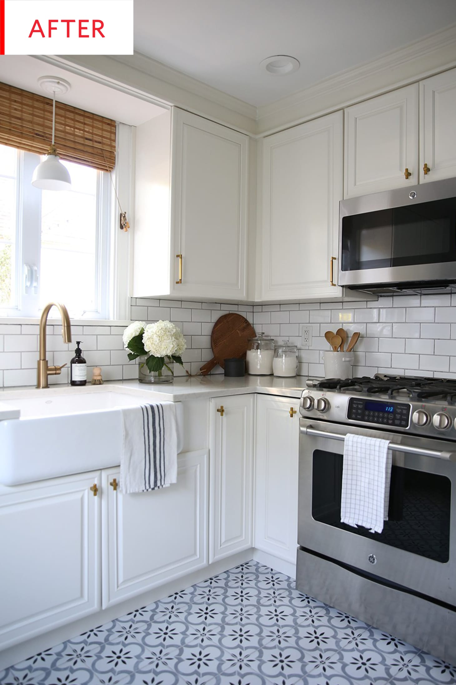 How to Update Old White Kitchen Cabinets - Photos ...