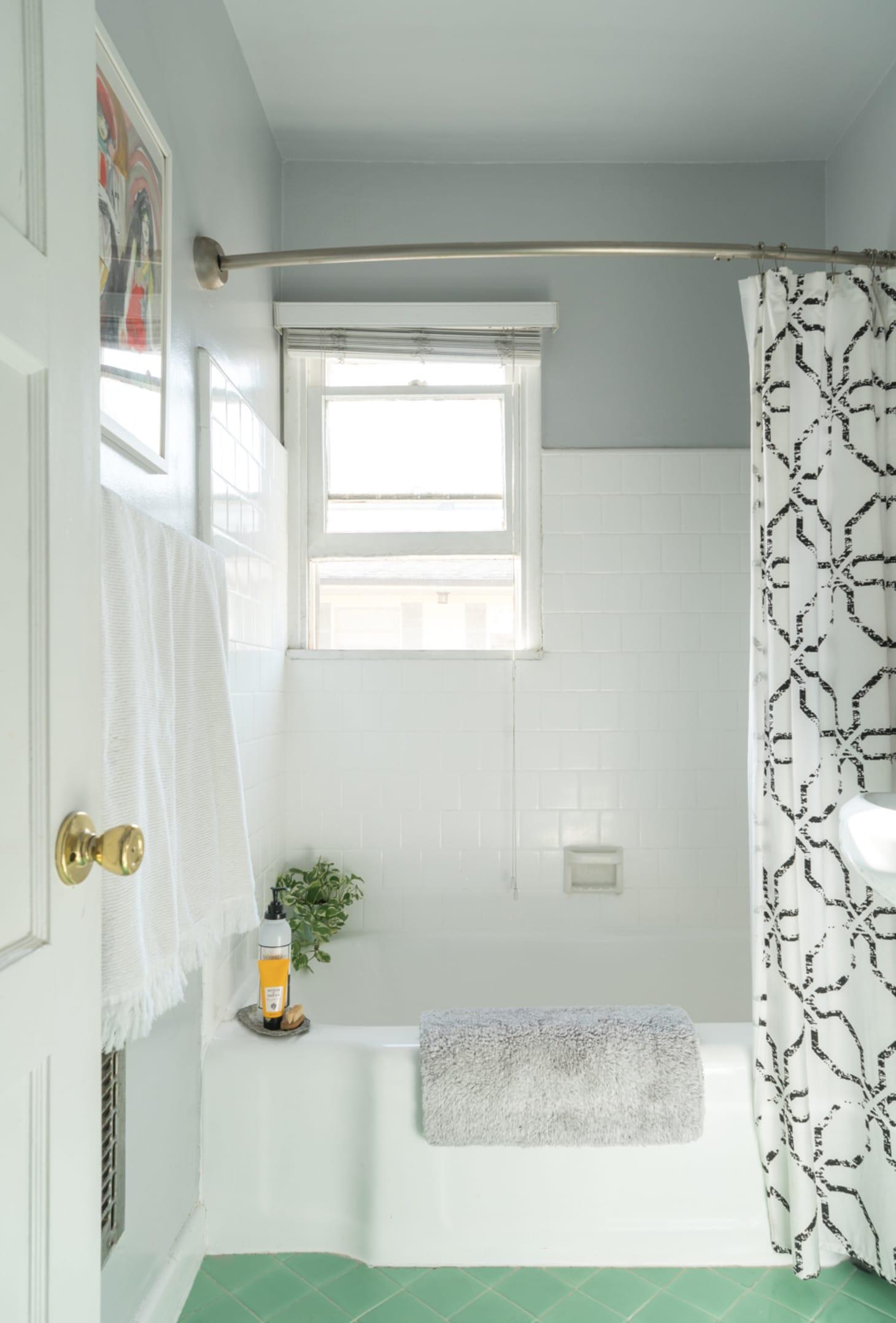 25 Small Bathroom Storage & Design Ideas - Storage ... on Small Apartment Bathroom  id=74705