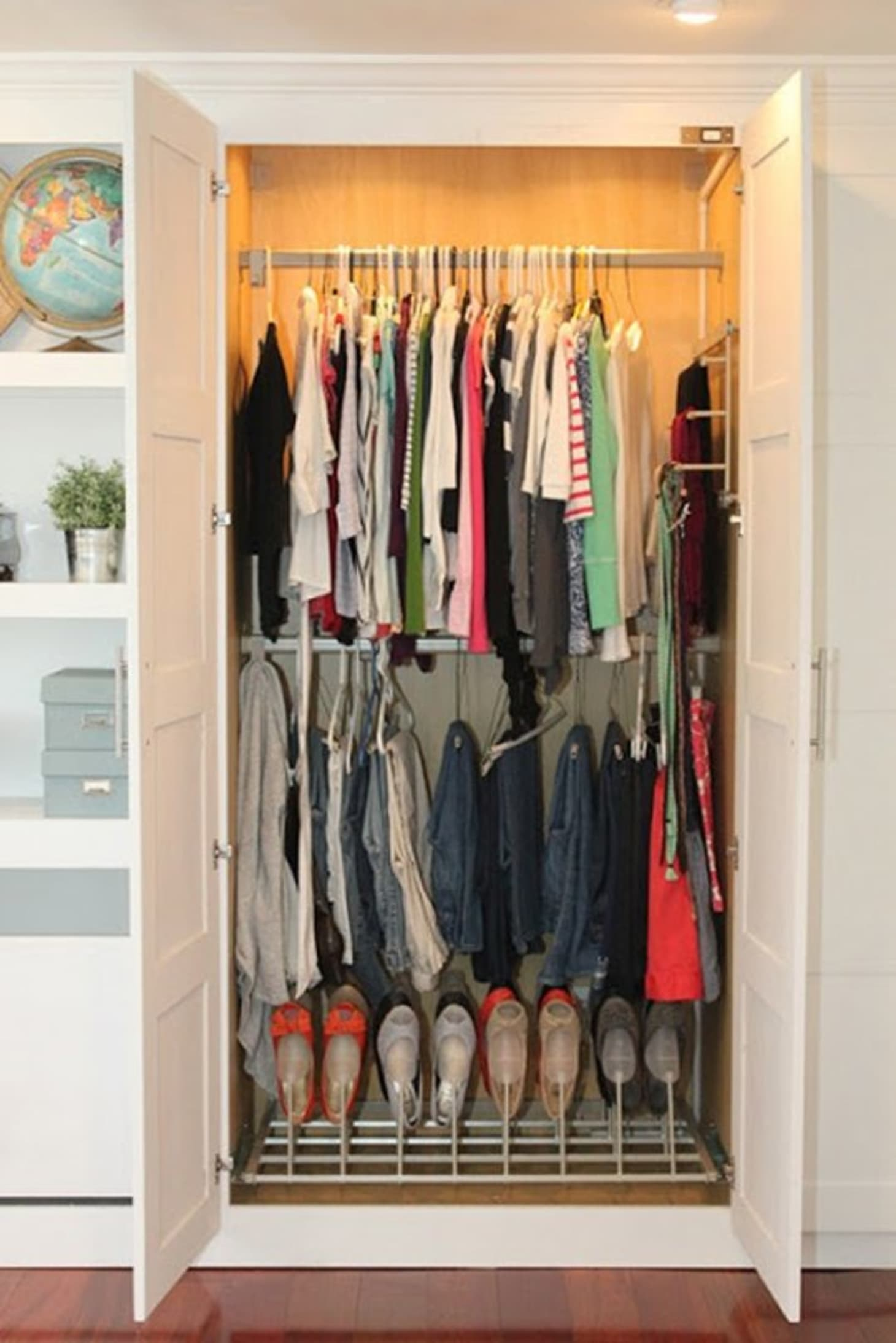 Ikea Hoekkast Grenen.Ikea Hacks Diy Ways To Make Cheap Wardrobes Look More Expensive