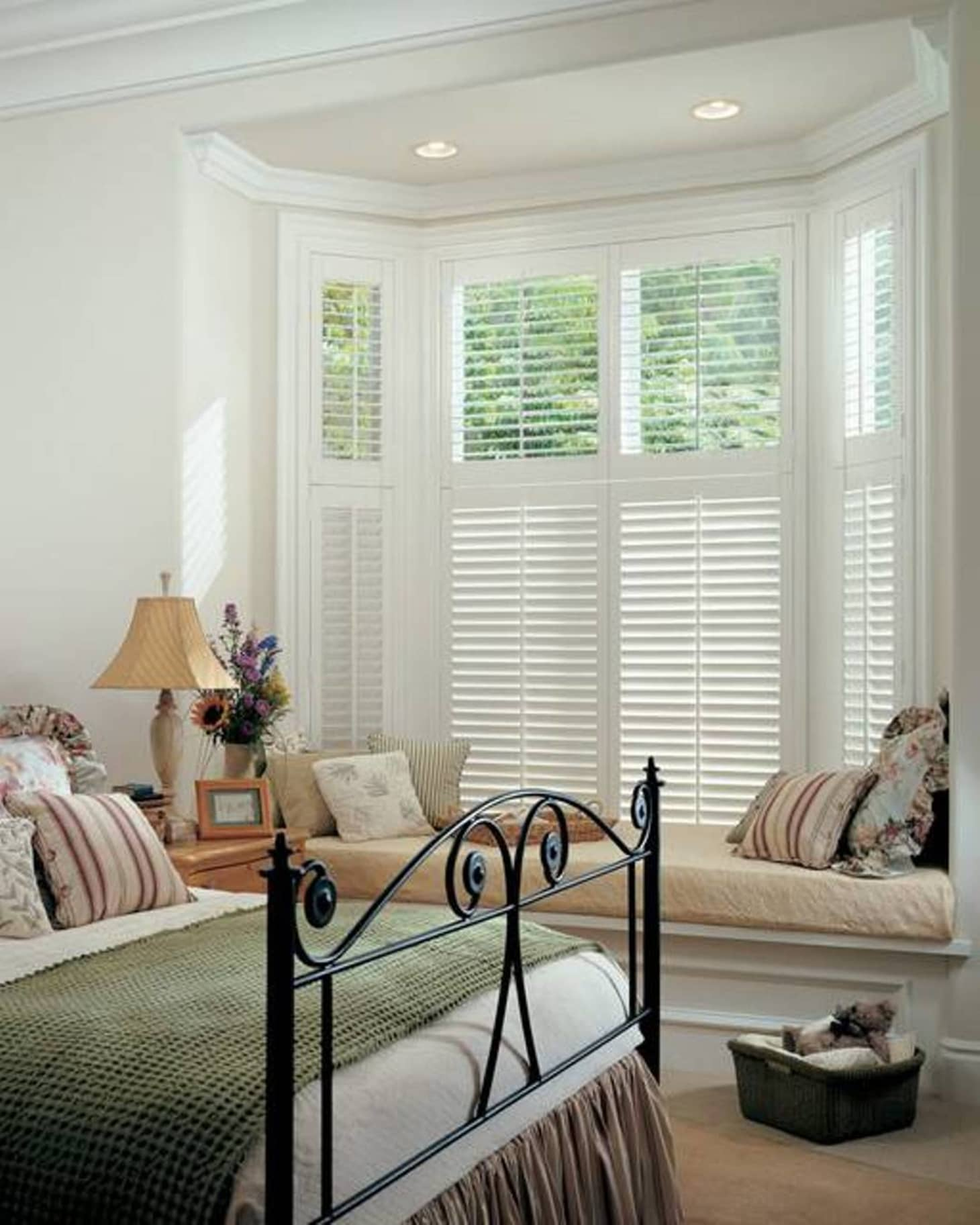Plantation Shutters Design Ideas Inspiration Apartment