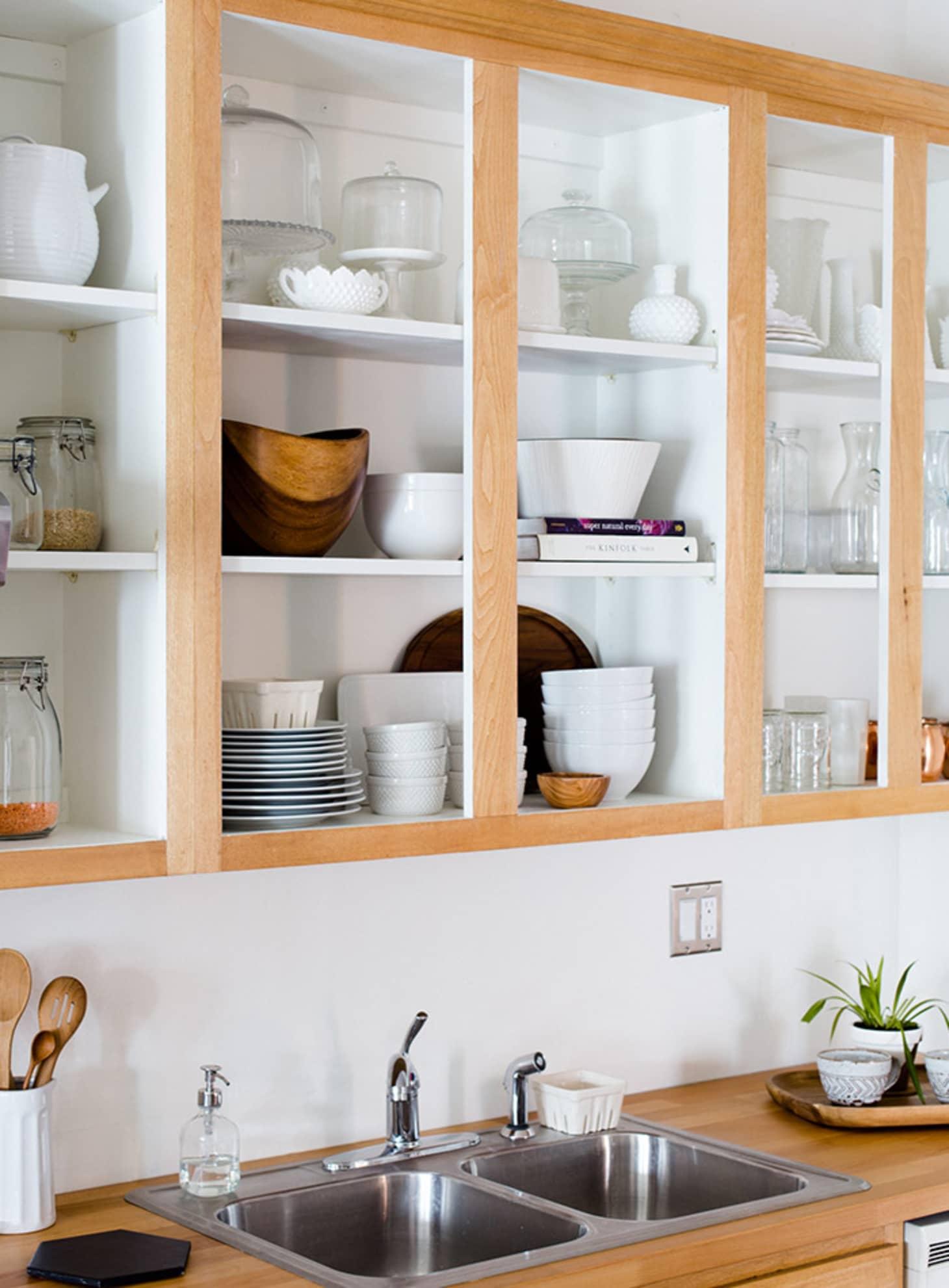Rental Kitchen Decor Ideas Oak Wood Finish Cabinets