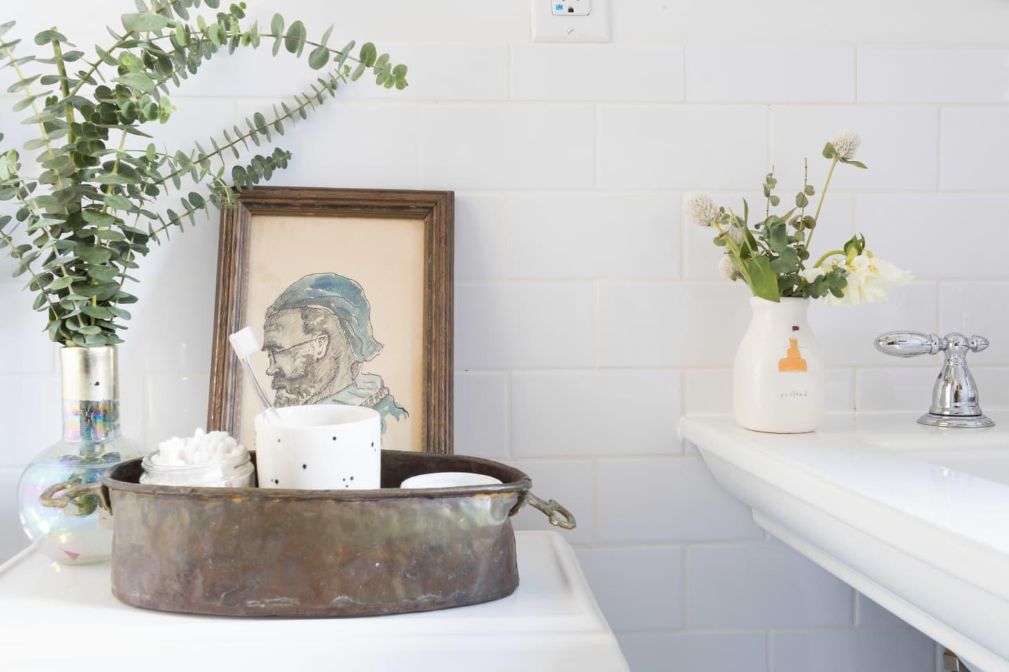 25 Small Bathroom Storage & Design Ideas - Storage ... on Small Apartment Bathroom Storage Ideas  id=51320