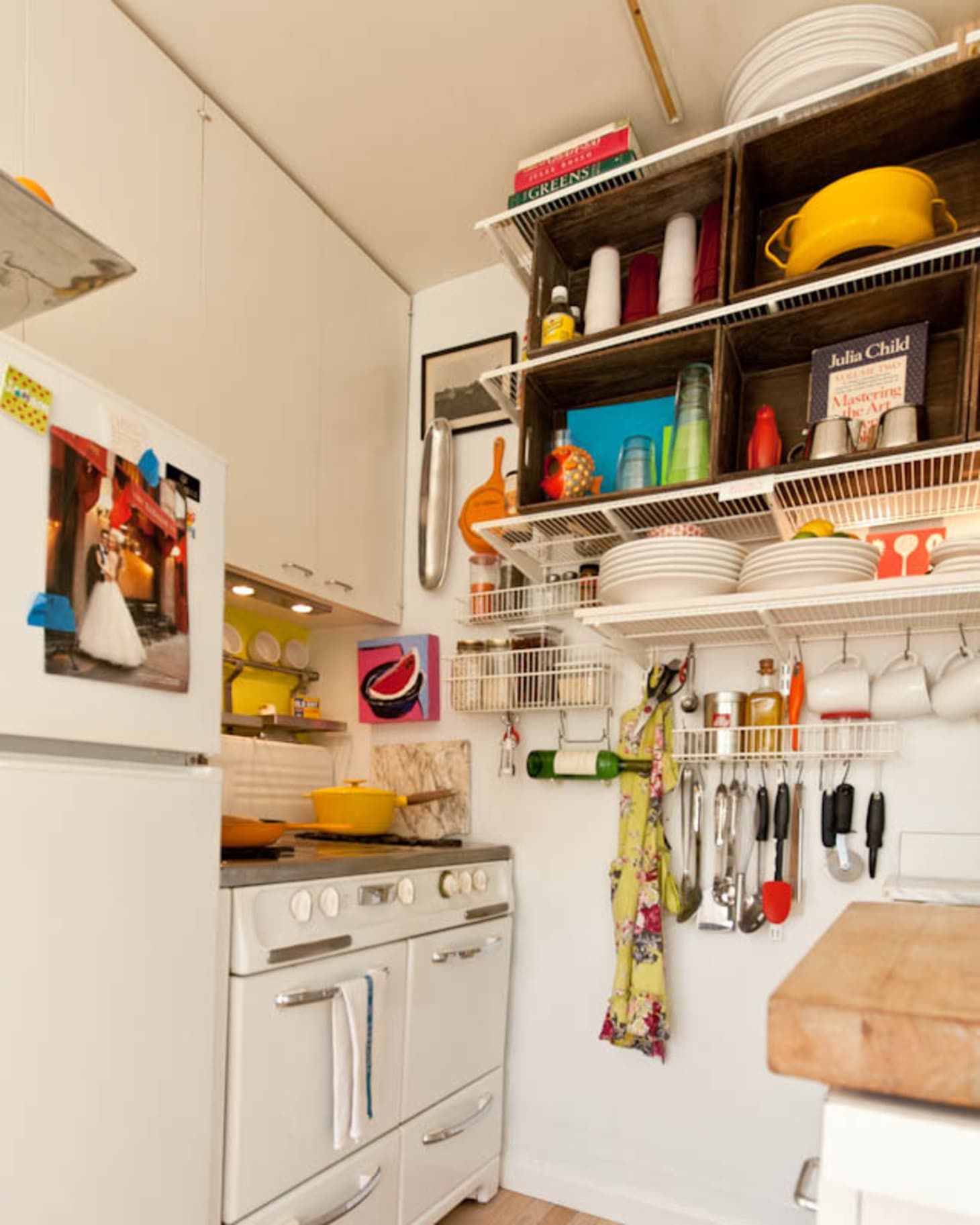 Apartment Kitchen: Cooking In A 5'x7′ Kitchen