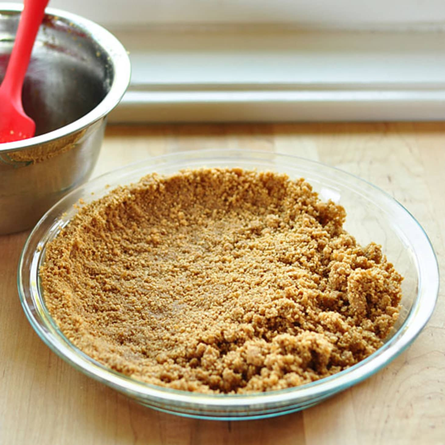 how to make graham cracker crust not crumble