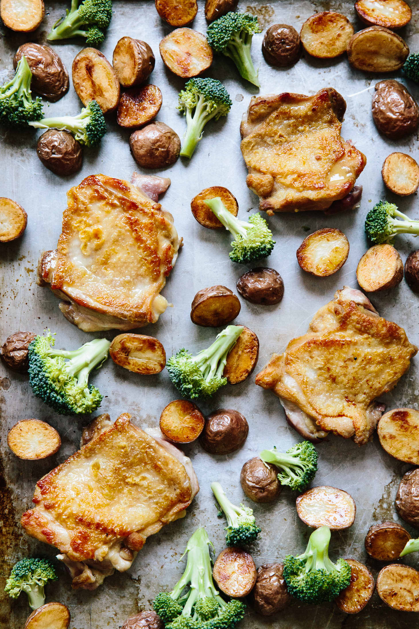 How To Make A Chicken And Roasted Vegetable Sheet Pan Meal