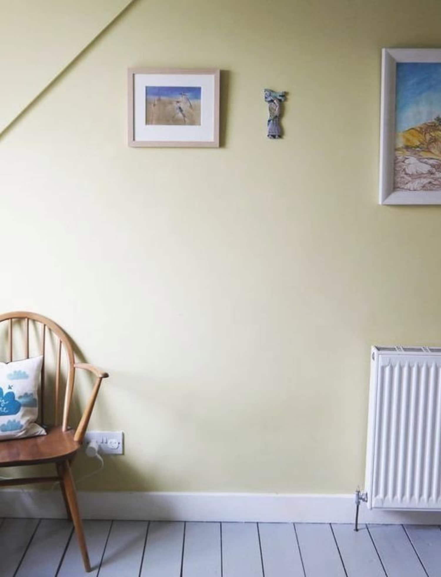 Renter's Solutions: Working With Whatever Wall Color You've Got