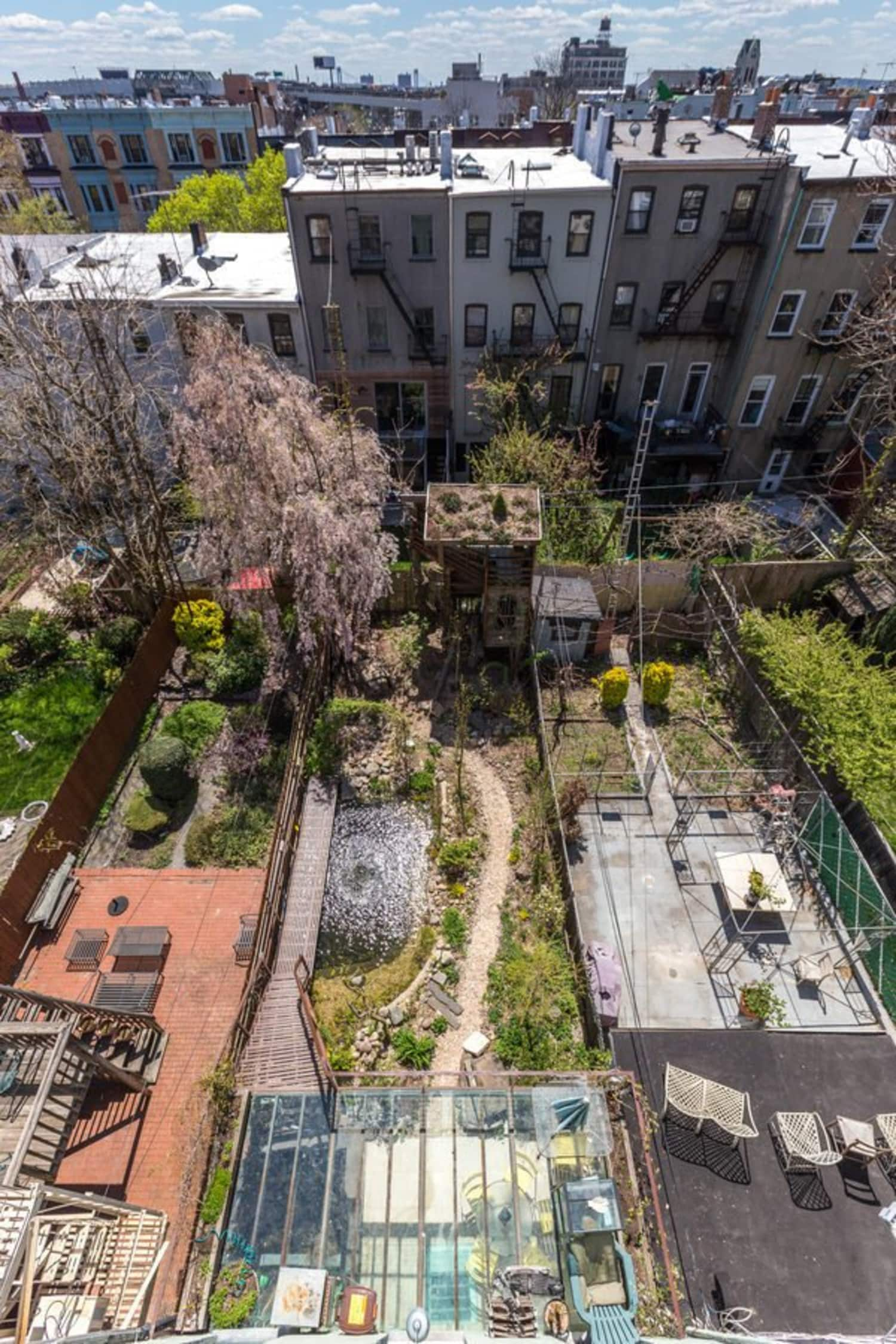 The Backyard Of This Brooklyn Brownstone Is Every Kid And