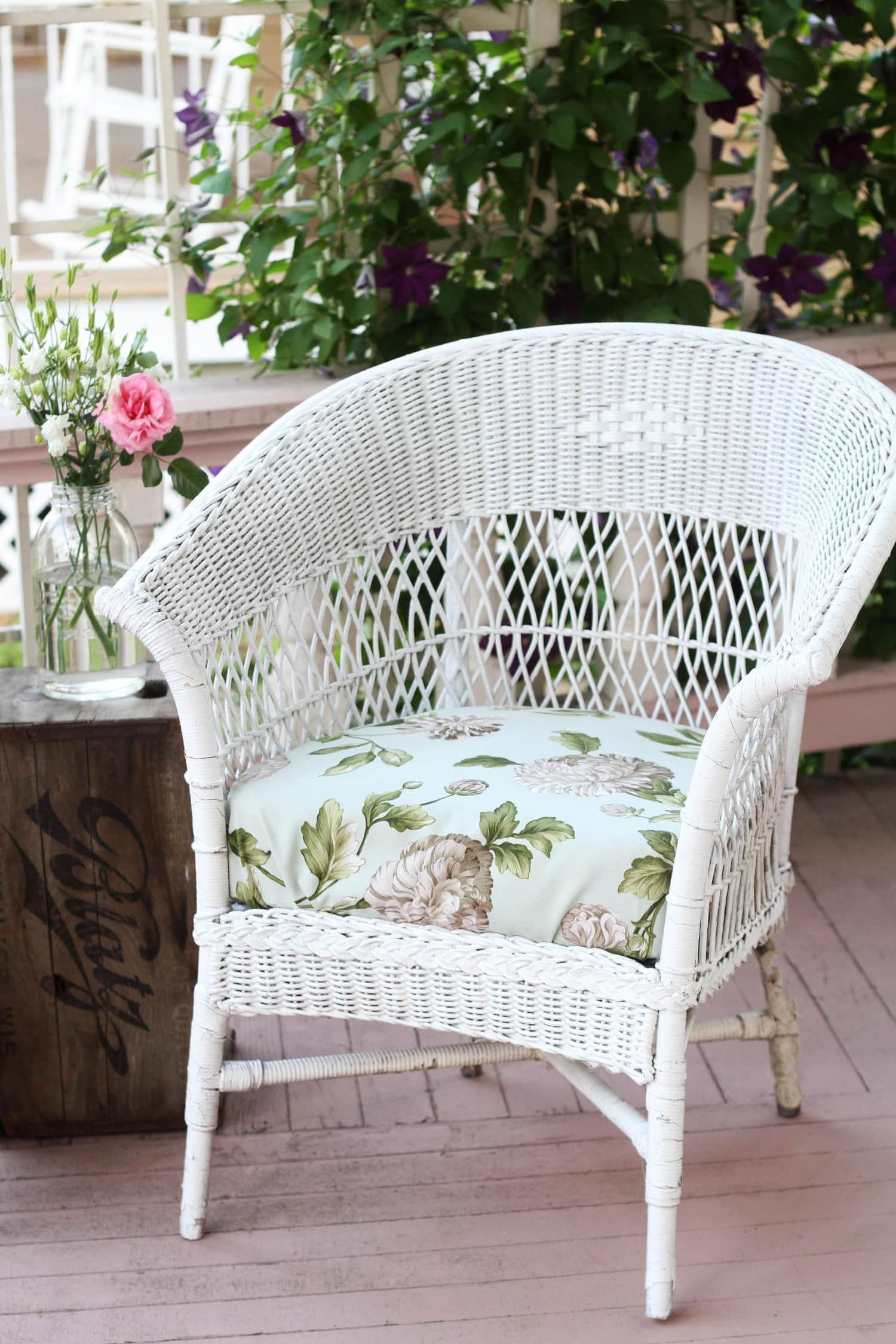 How To Make Super Quick & Easy Drawstring Seat Covers to Update Outdoor Furniture