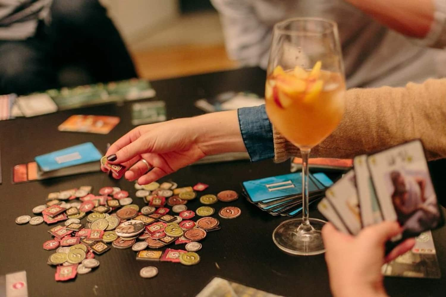 Fun Games to Play After Thanksgiving Dinner