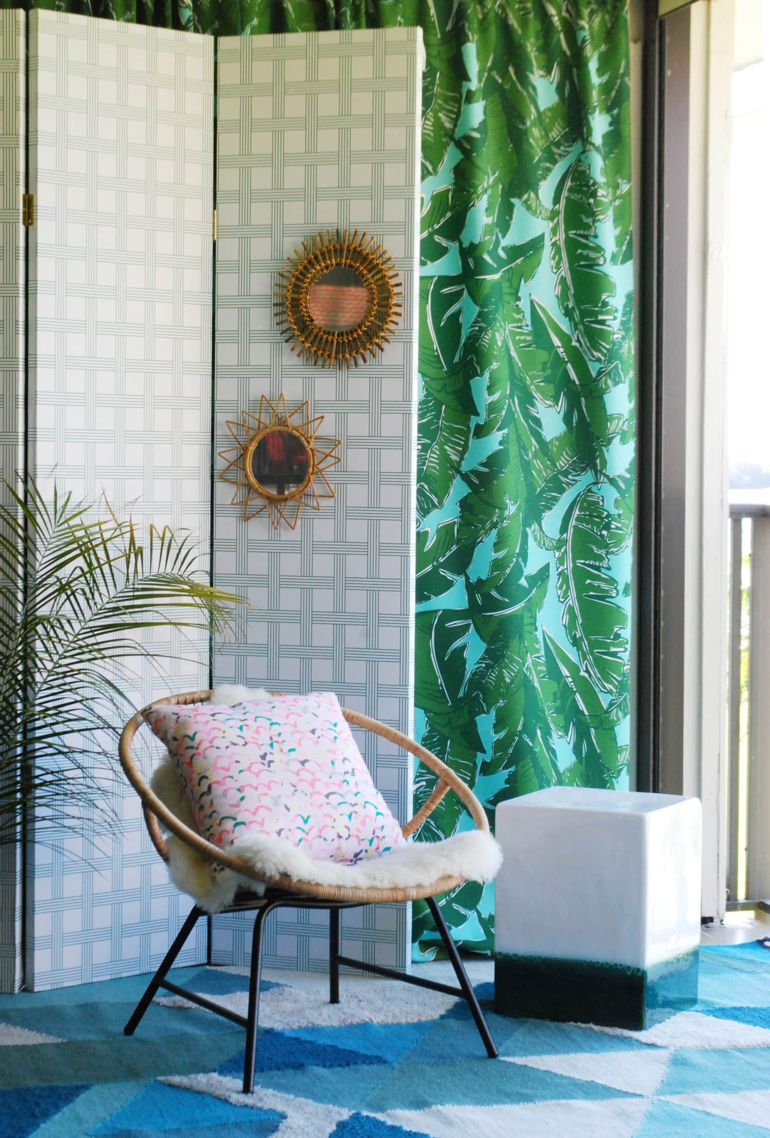Easy Folding Screen Room Divider Project Tutorial ...