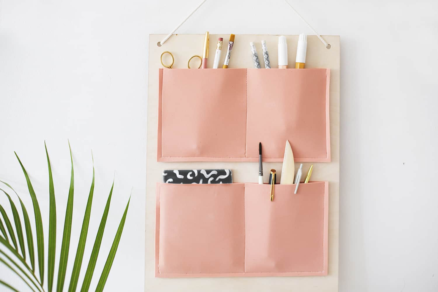 10 Desk Organizers You Can Make That Are Prettier Than What You Can Buy | Apartment ...