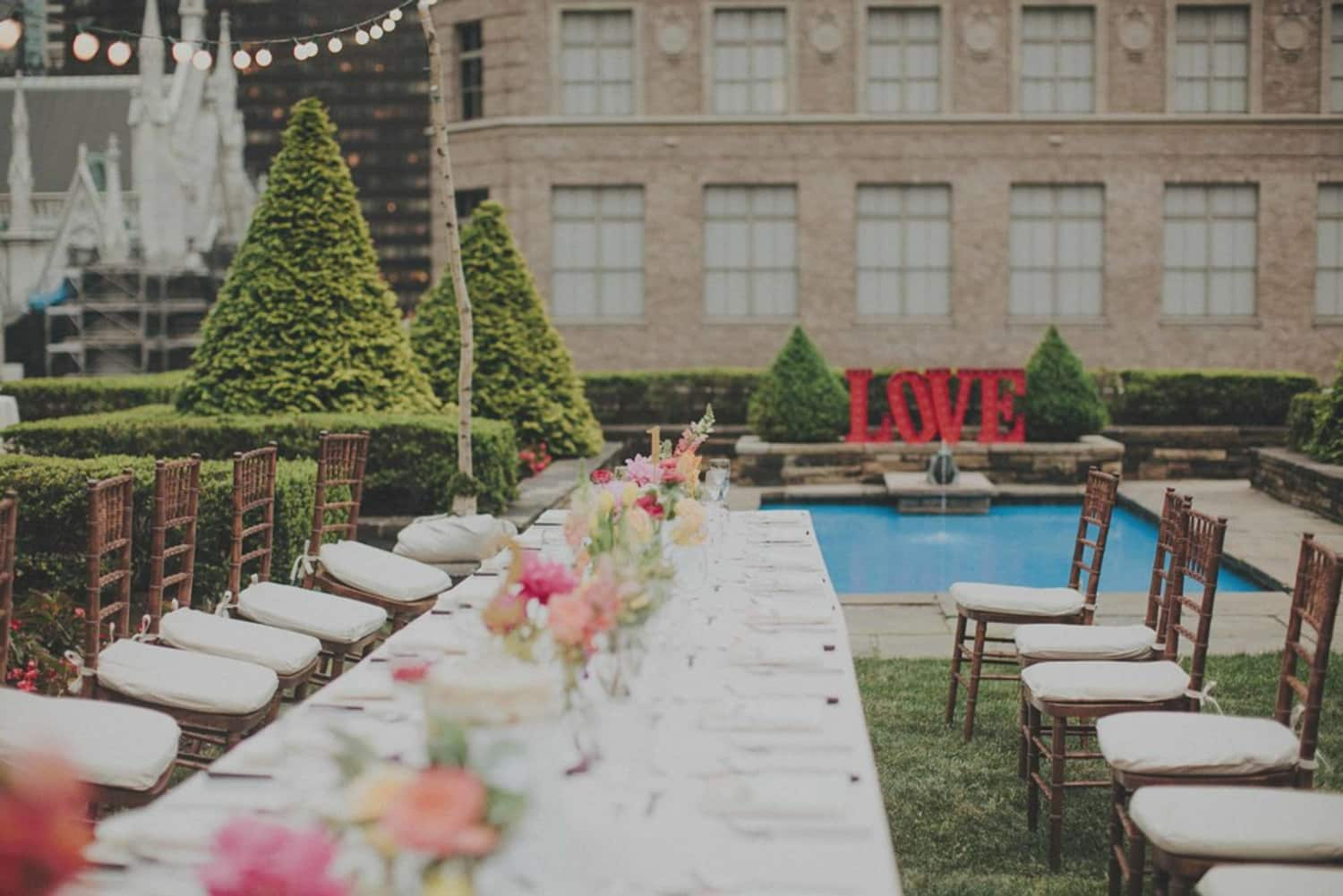 10099b5c356 Love On Top  Why Rooftop Weddings are the Pinnacle of Cool