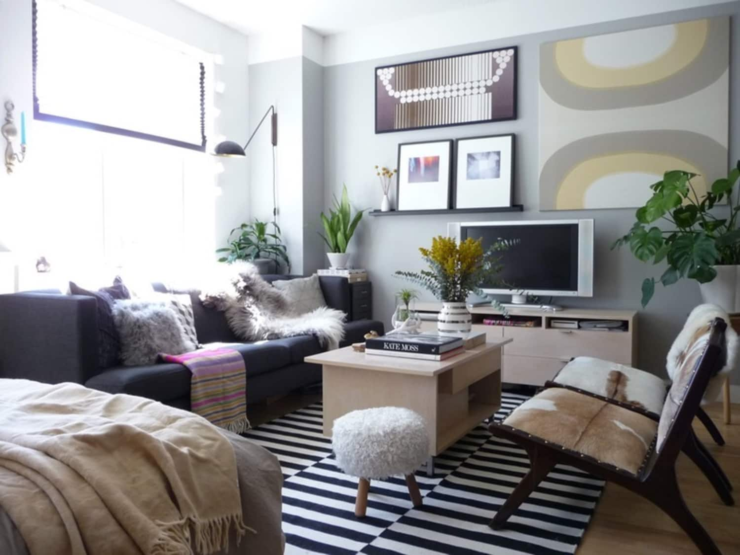 5 genius ideas for how to layout furniture in a studio apartment apartment therapy. Black Bedroom Furniture Sets. Home Design Ideas
