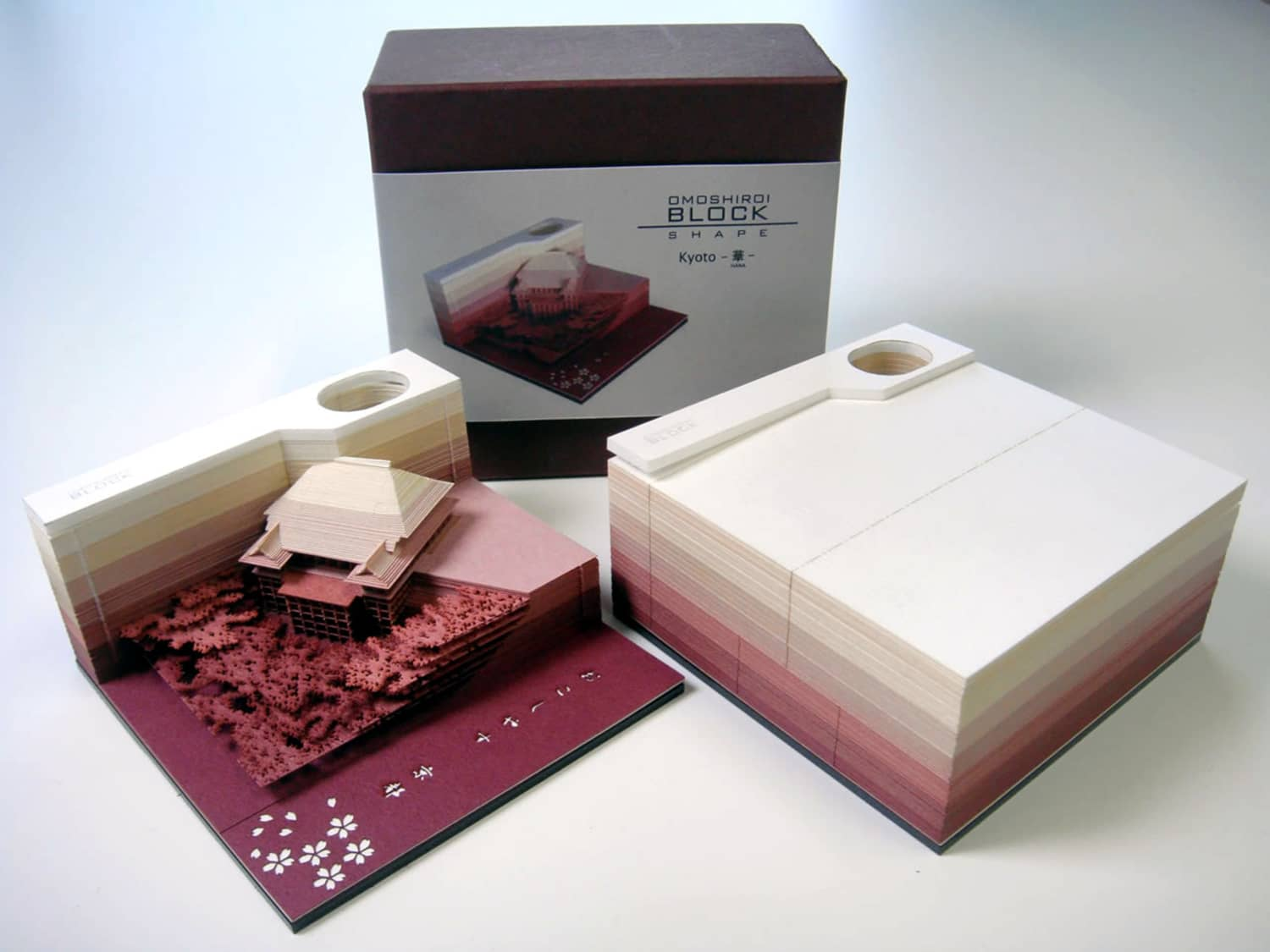 This Memo Pad Reveals Architectural Sculptures As You Use It