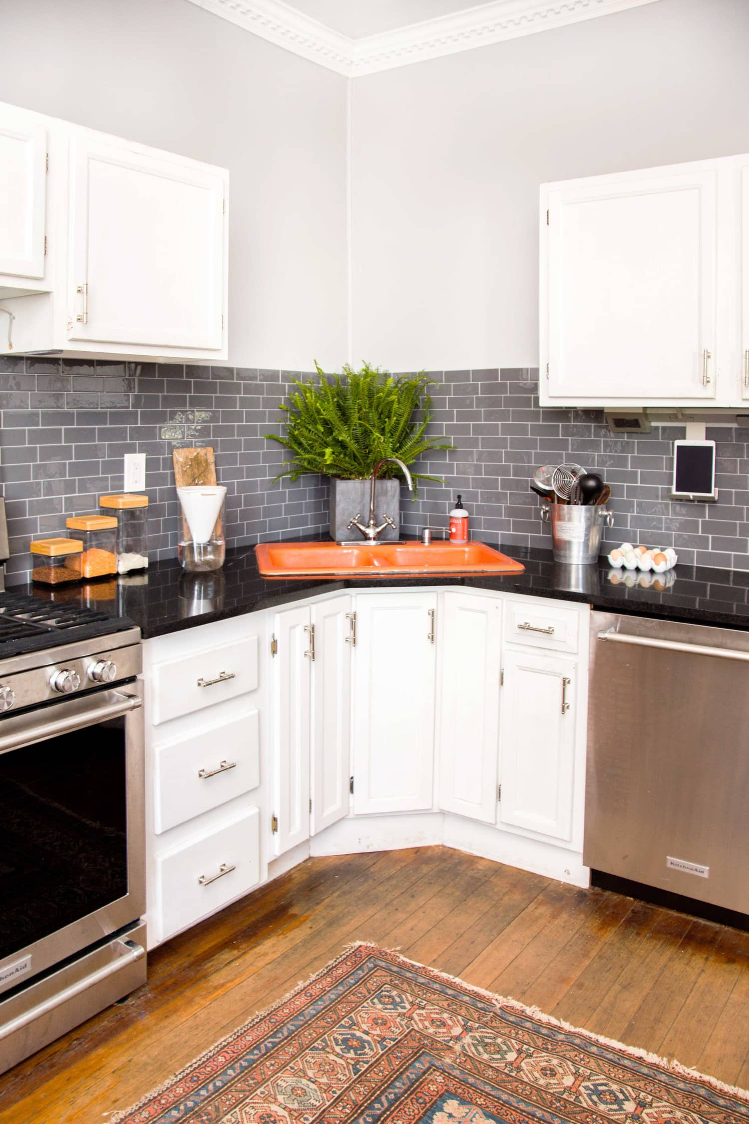 Colorful Kitchen Sink Trend - Kitchen Design Trends | Apartment Therapy