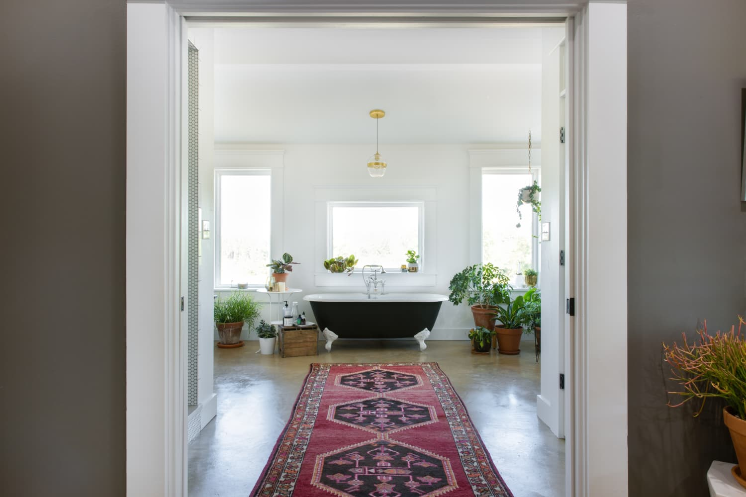Use These Bathroom Decorating Ideas For Your Home: These Aren't Your Grandma's Bathmats