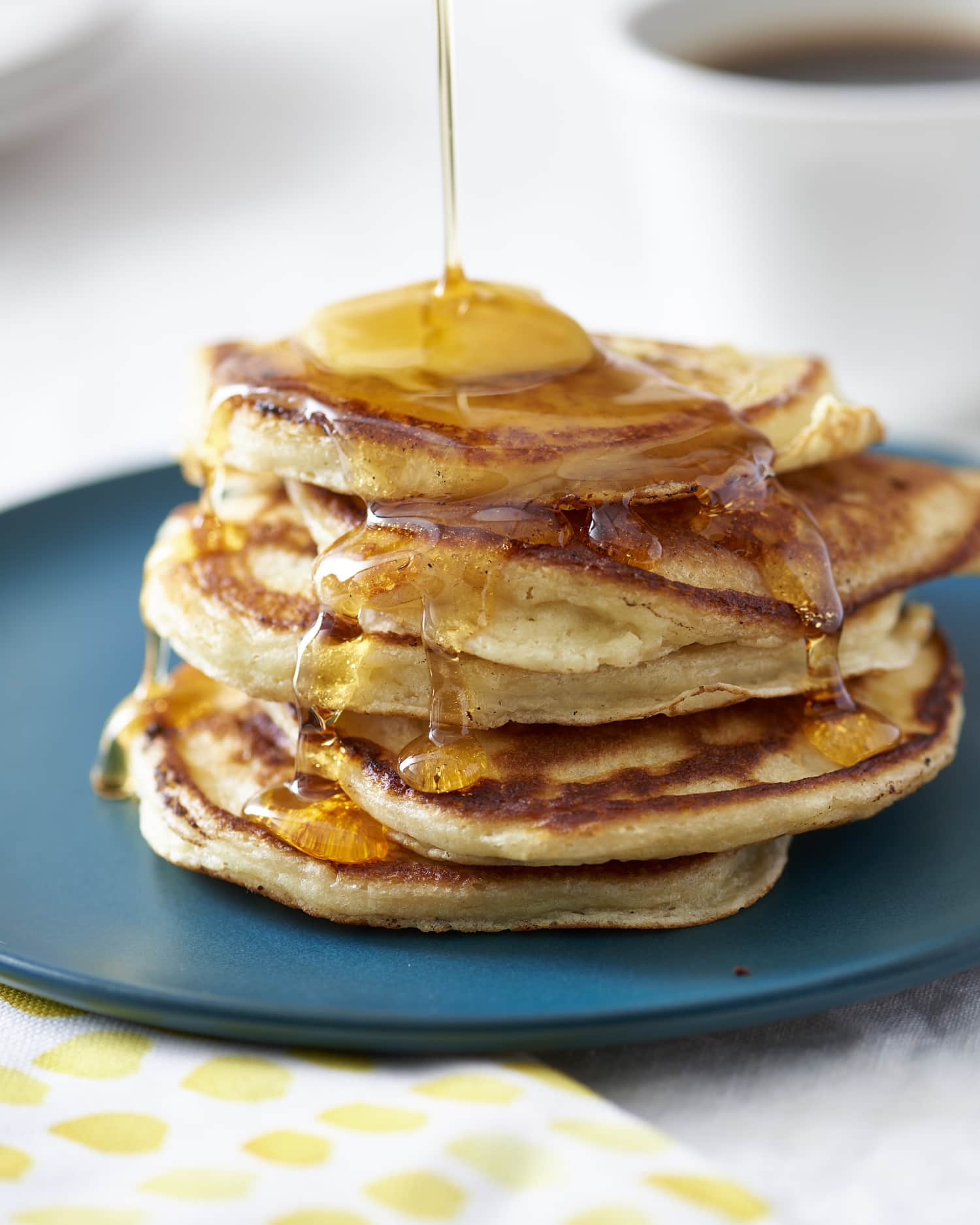 How To Make the Lightest, Fluffiest Buttermilk Pancakes