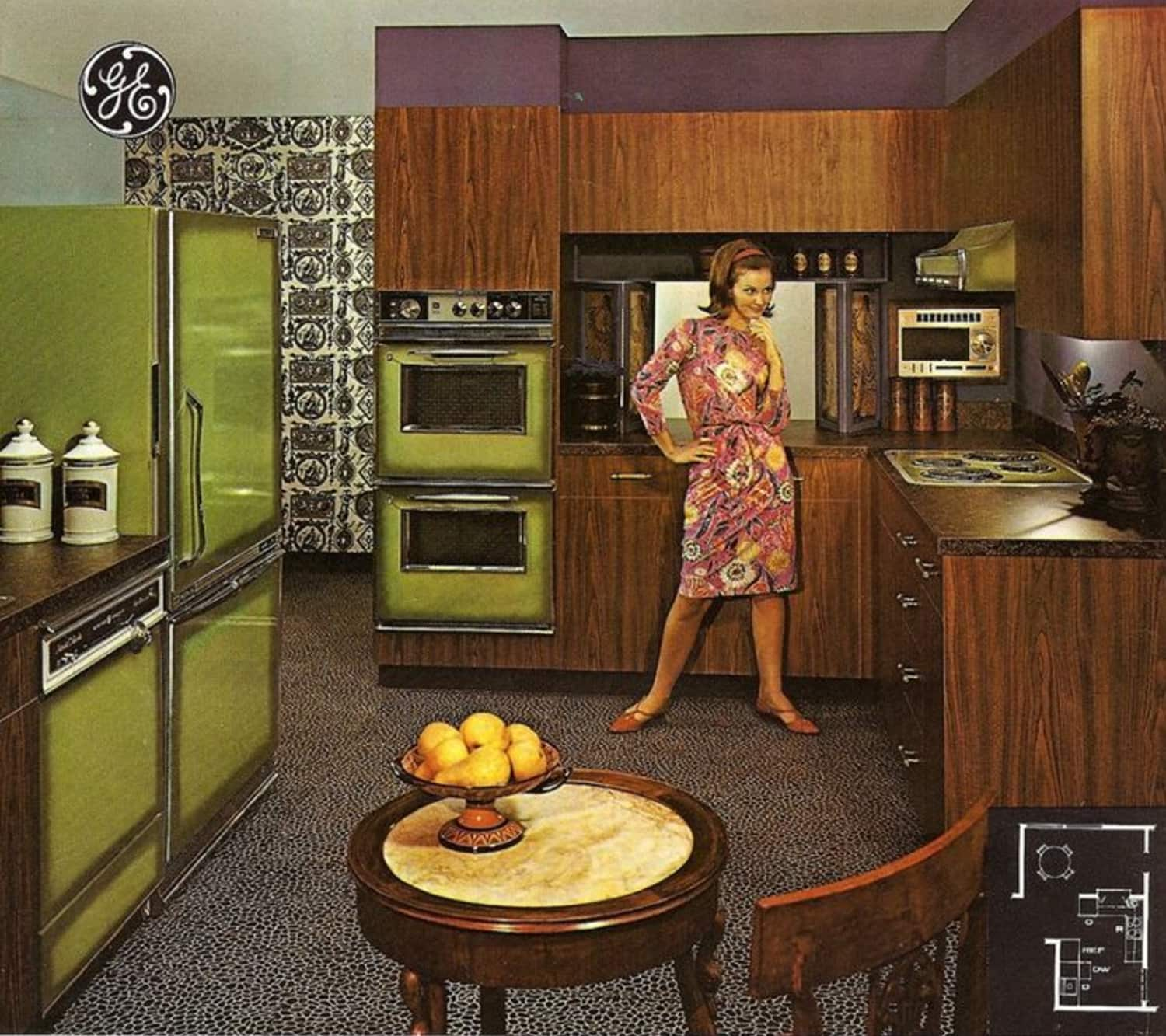 These Are the Most Popular Kitchen Colors from the Last 100 Years