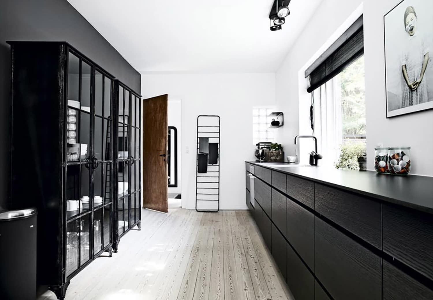 Hate Open Shelving? You Might Be Willing to Get Behind This New Trend.