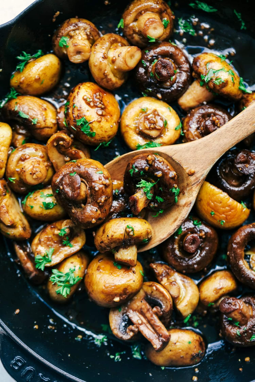 Honey Balsamic Garlic Mushrooms Are the Perfect Side Dish