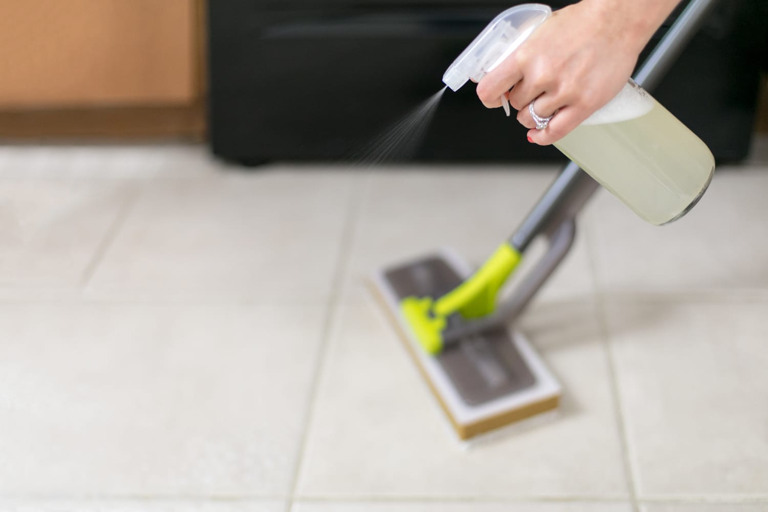 Vinegar Is The Only Floor Cleaner You Need Even For