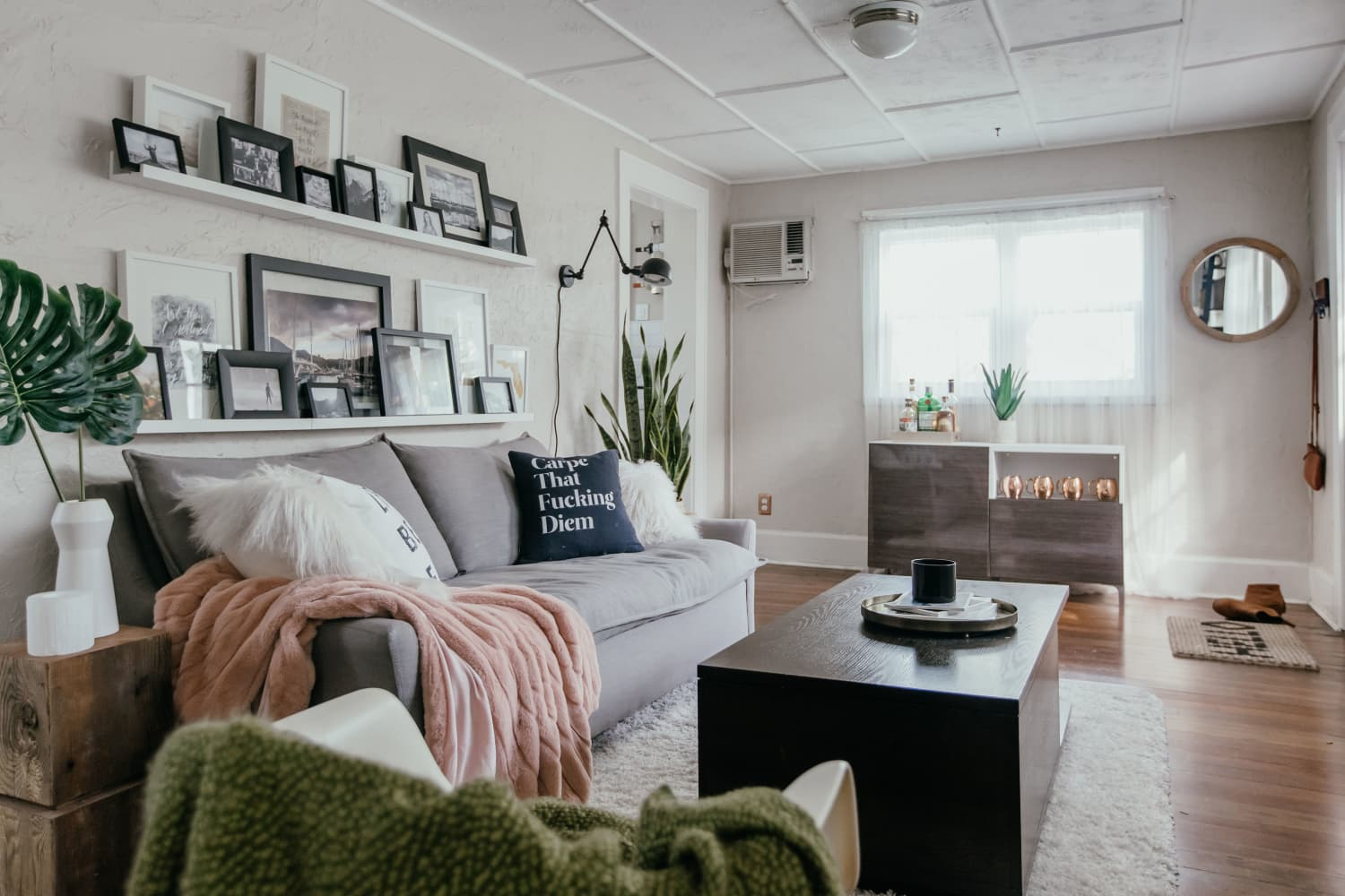 This Small But Bright Garage Apartment Is a Photographer's Dream Rental