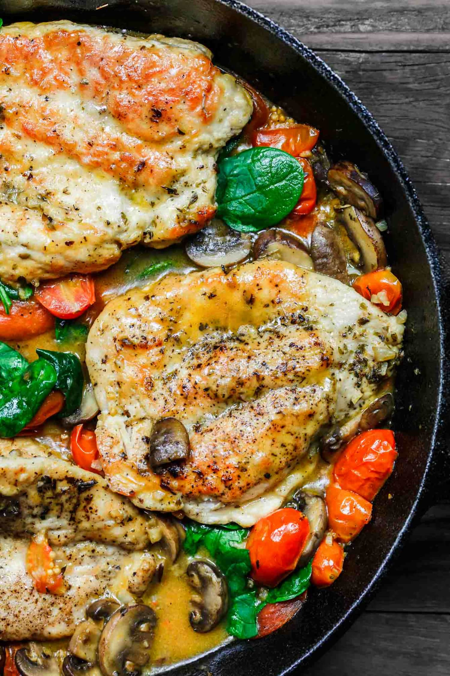 This Easy Italian Skillet Chicken Is Totally Irresistible