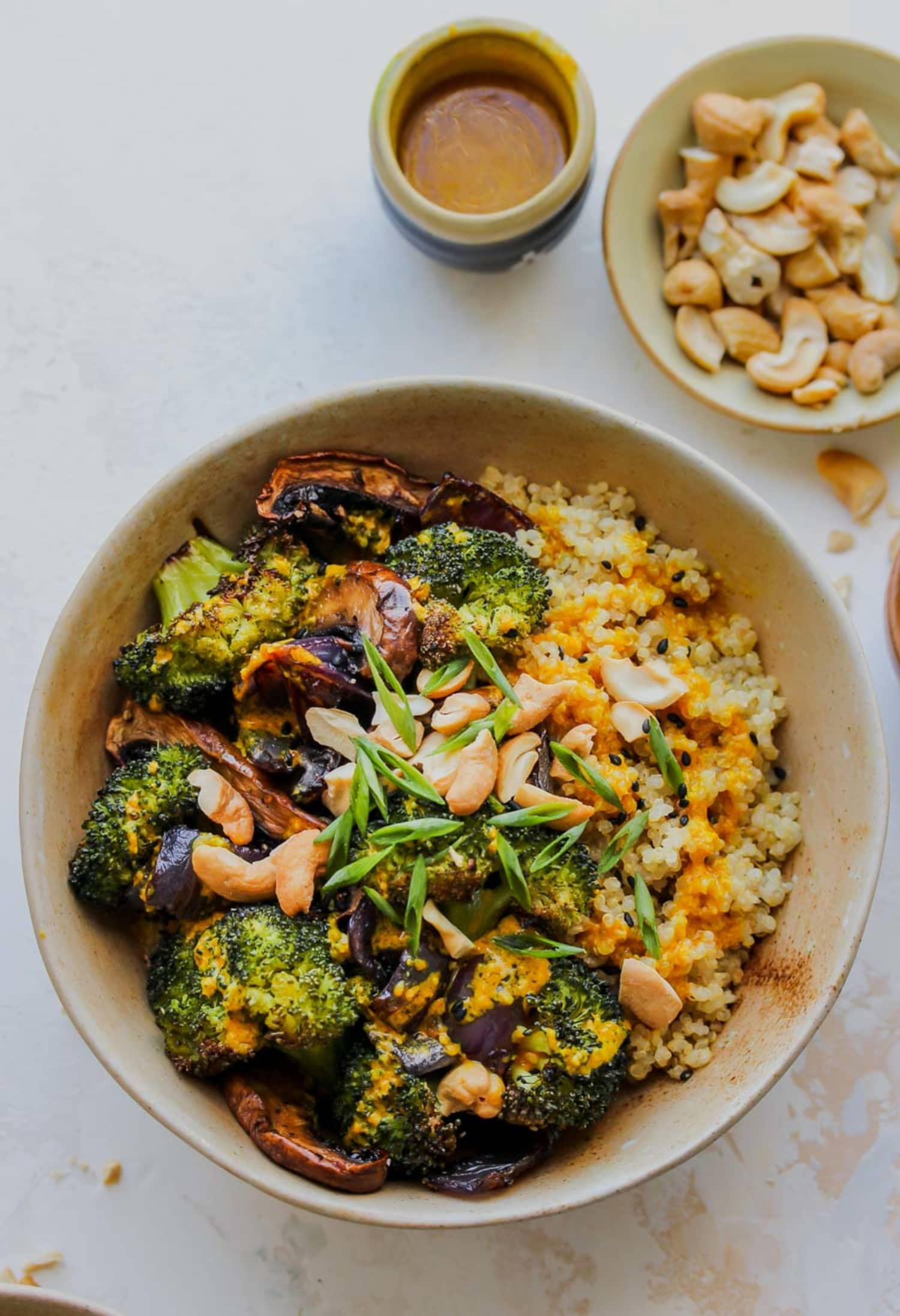 This Quinoa Broccoli Bowl Is Our New Lunch Crush