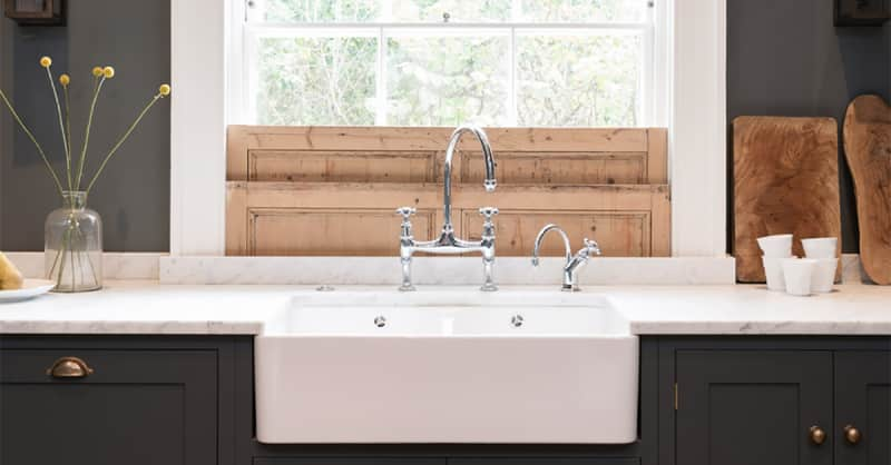Farmhouse Fabulous: All About Apron Sinks | Apartment Therapy on