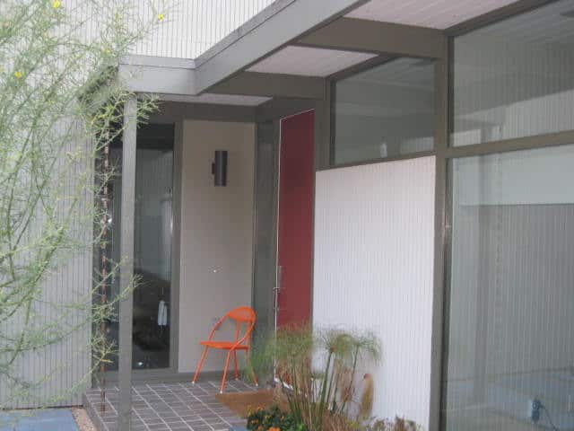 Jay's Updated Modern in Silver Lake: gallery image 4
