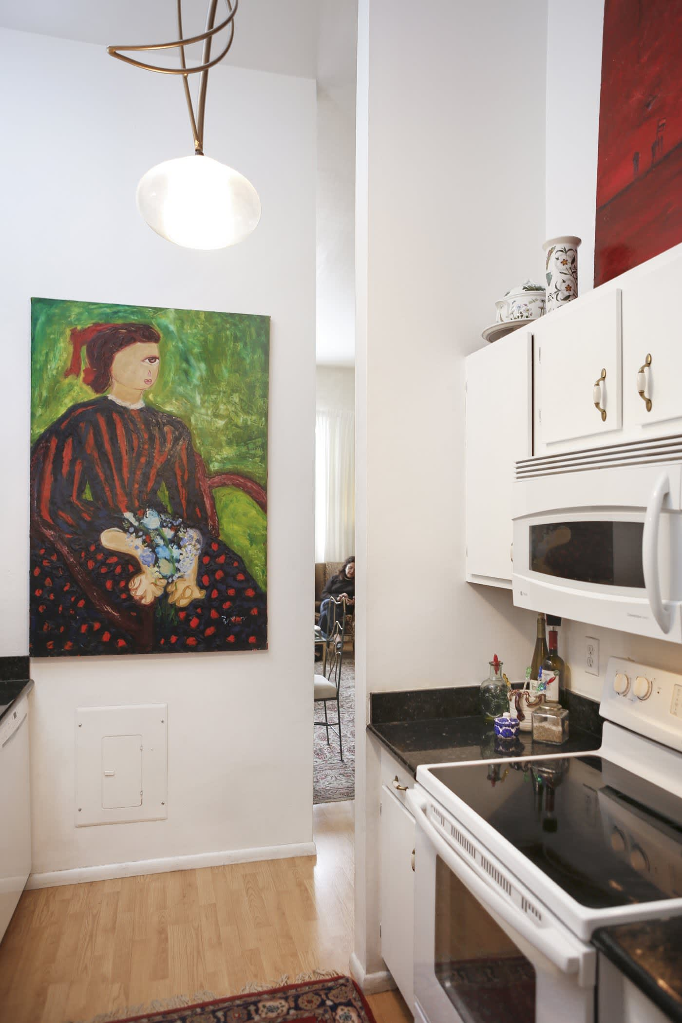 House Tour A New Orleans Artistic Rental Apartment Apartment Therapy