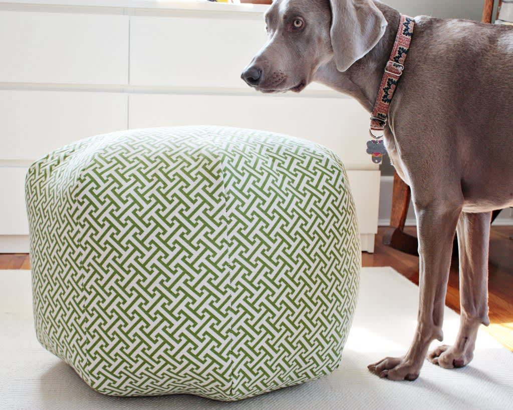Surprising 10 Tutorials For Diy Floor Poufs And Ottomans Apartment Machost Co Dining Chair Design Ideas Machostcouk