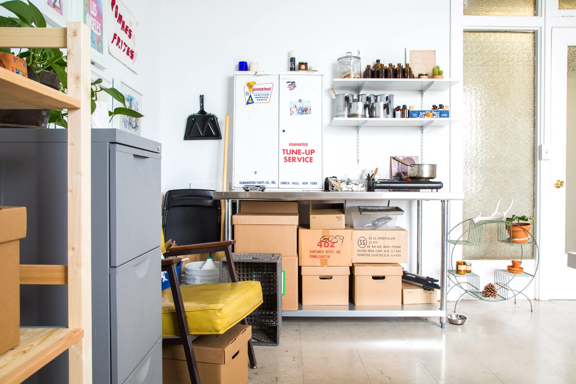 The Sunny Sweet-Scented Studio of P F  Candle Co   Apartment