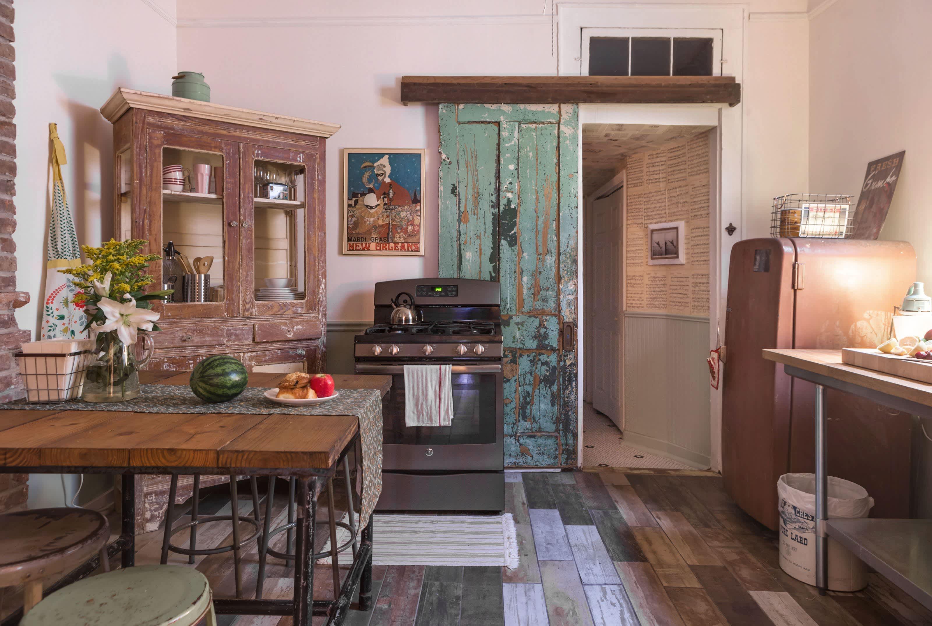 House Tour: A New Orleans Shotgun With Vintage Charm