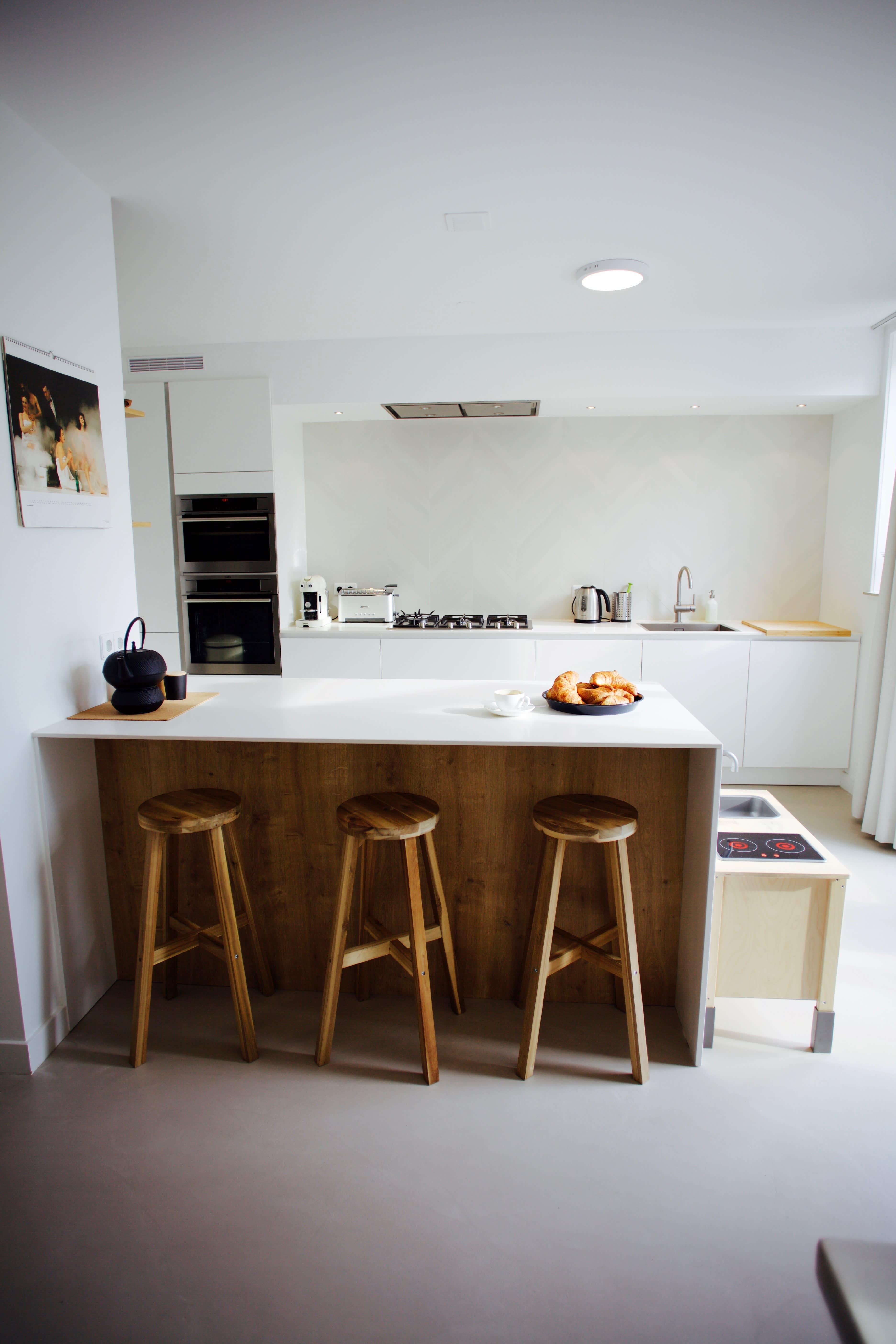 House Tour A Minimal Modern Dutch Home Apartment Therapy