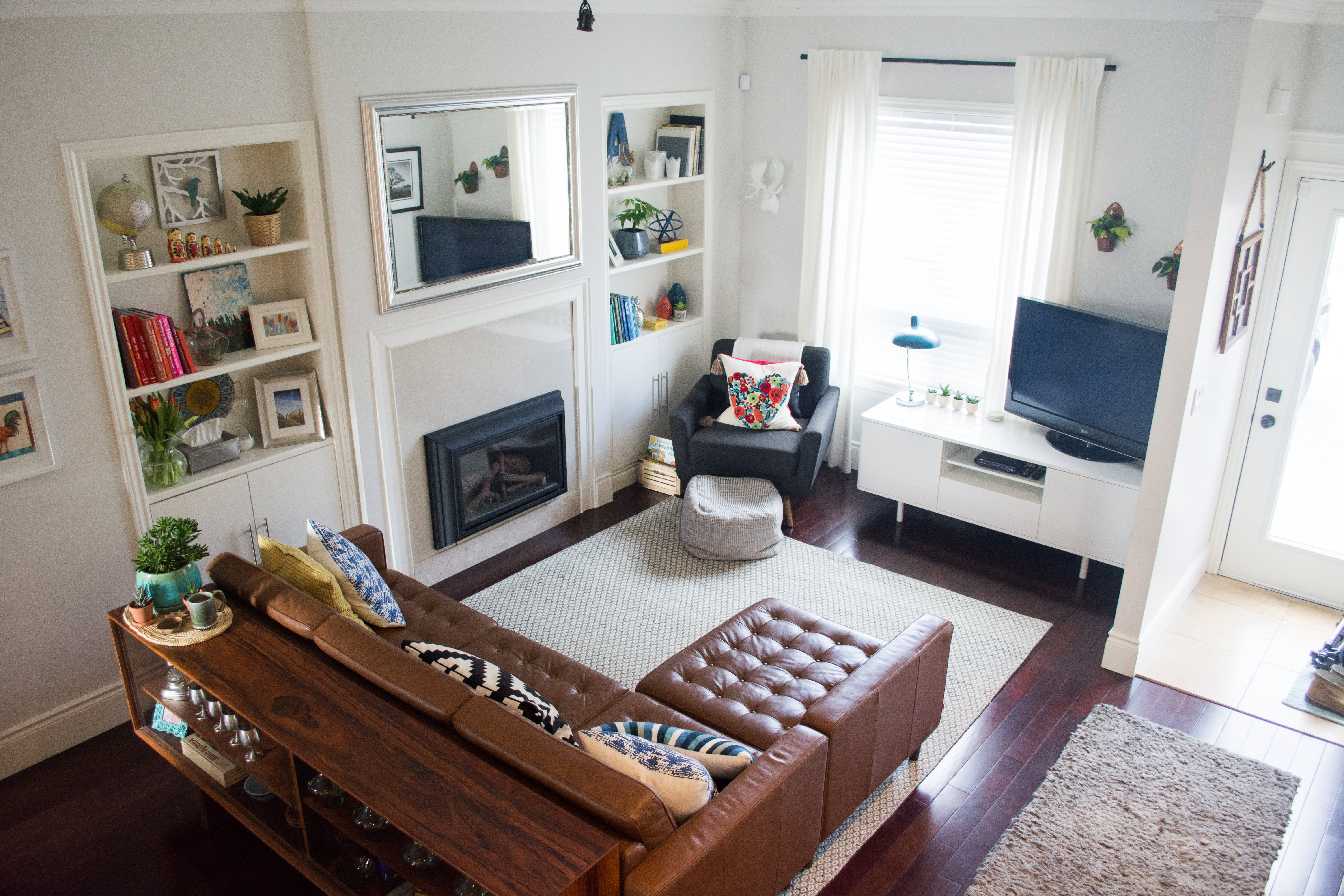 House Tour: A Vintage-Filled Toronto Home | Apartment Therapy