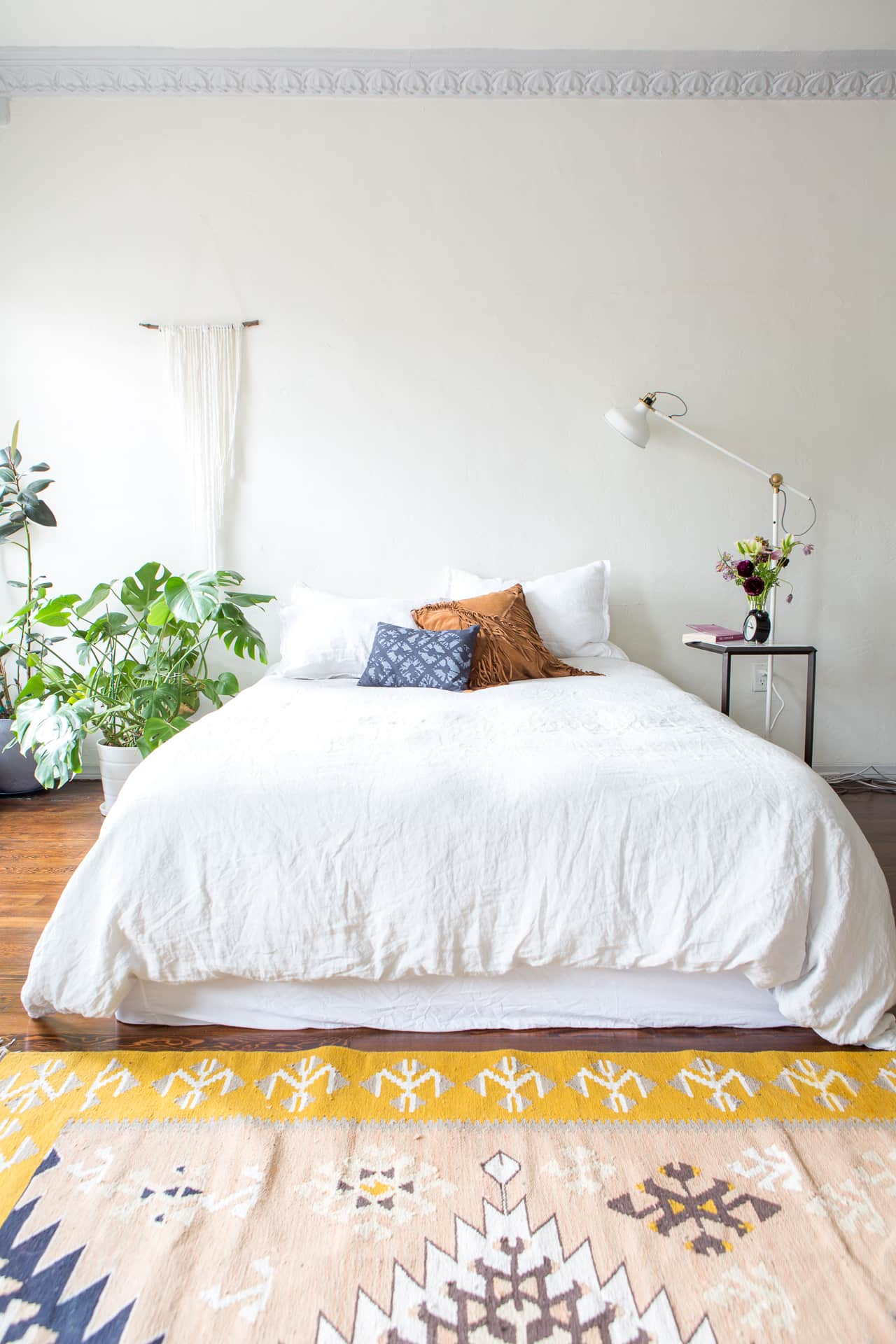 Tour: Lee From America's All-White Minimal LA Studio | Apartment Therapy
