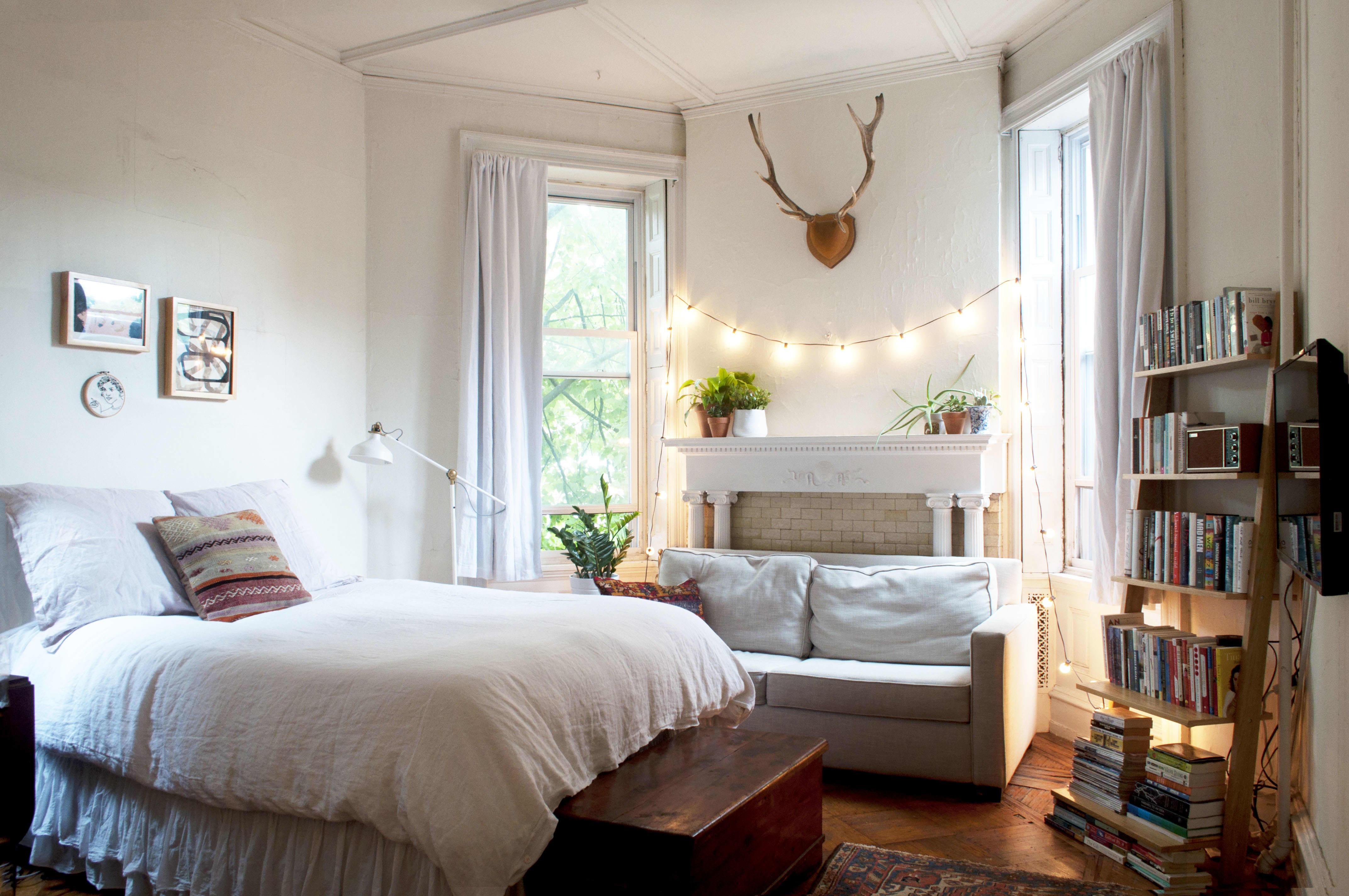 House Tour: A Small, Minimal Studio Apartment | Apartment ...