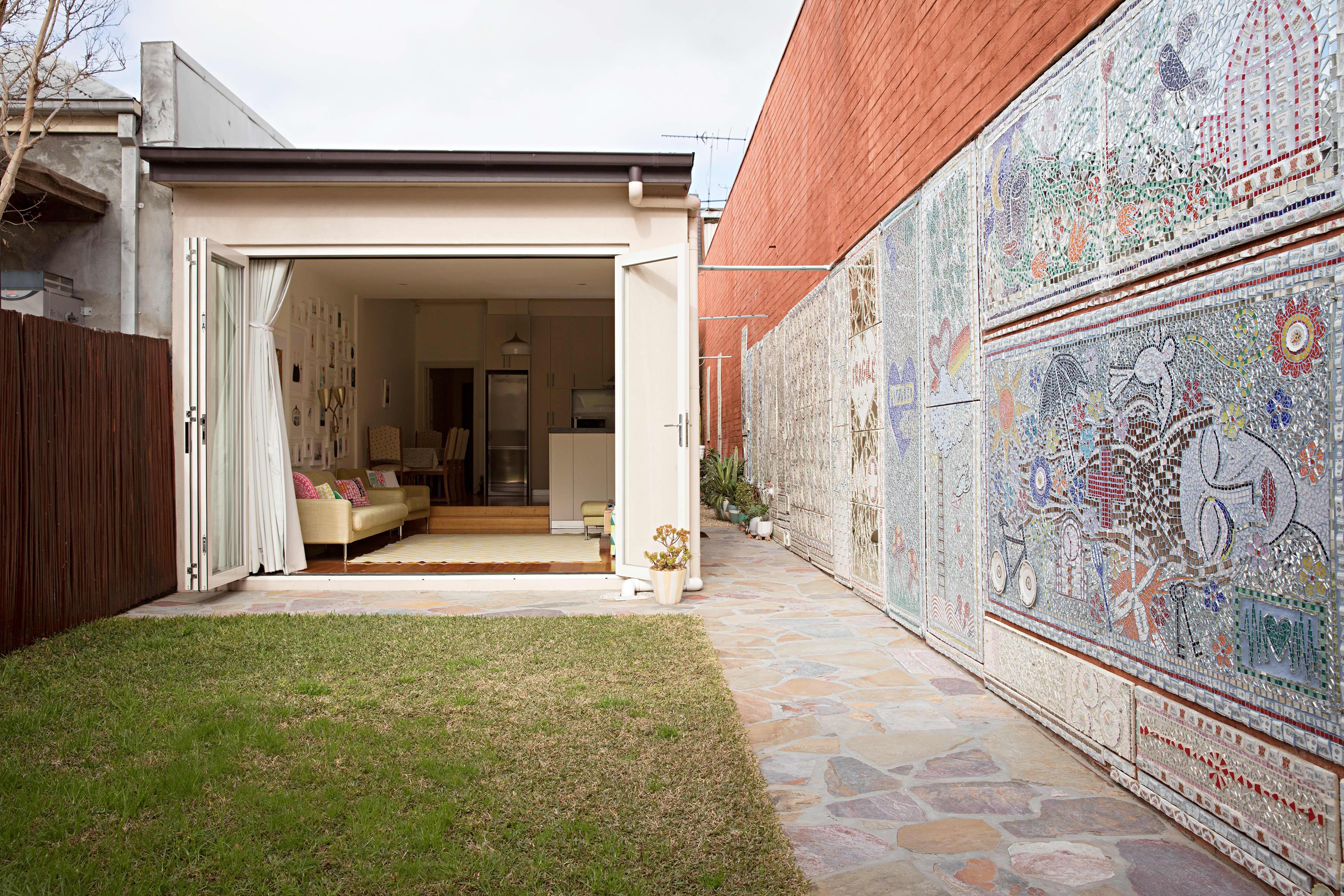 House Tour: A Mosaic Artist's Minimal & Modern Cottage