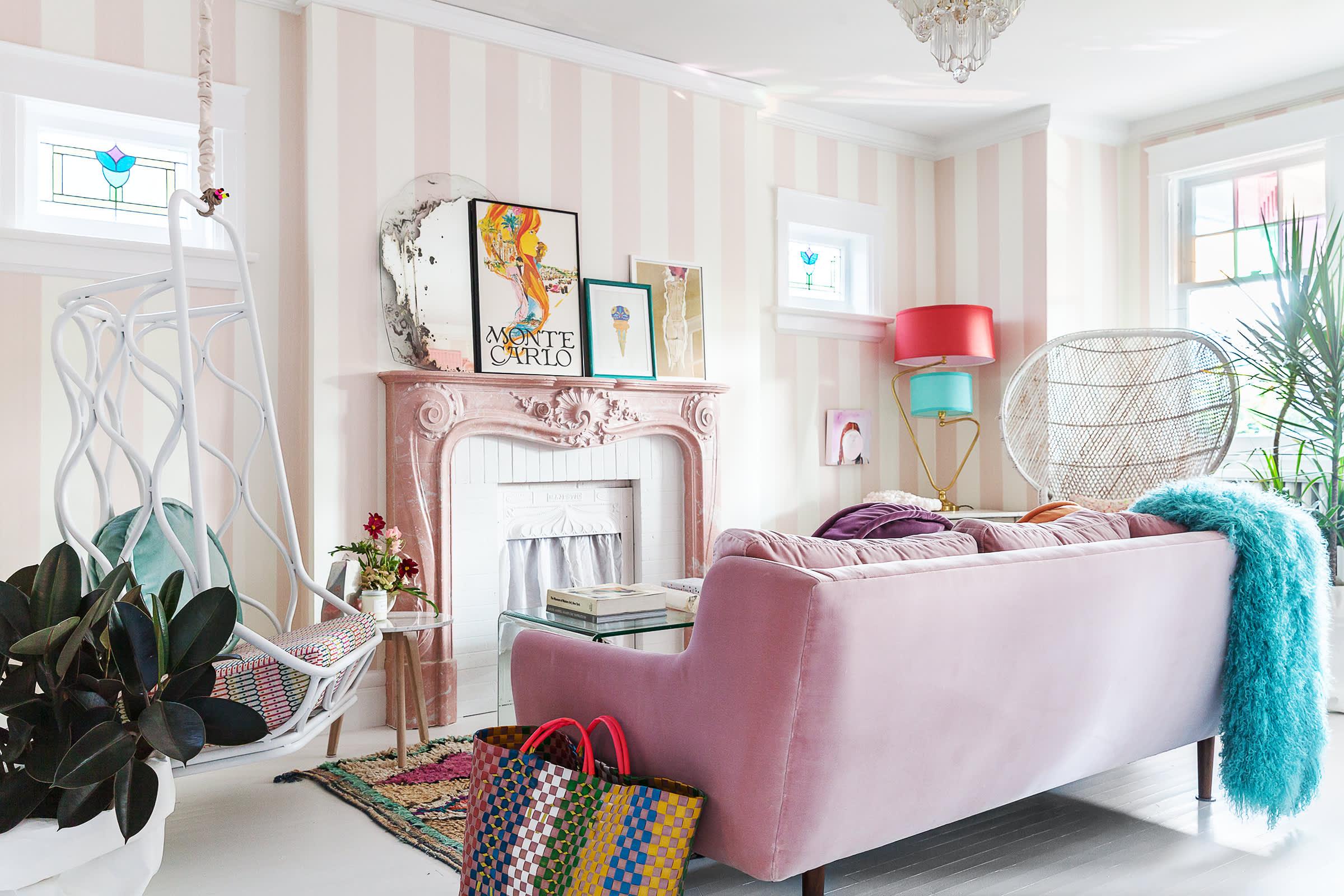 Sensational House Tour Tiffany Pratts Toronto Apartment Reno Beutiful Home Inspiration Aditmahrainfo