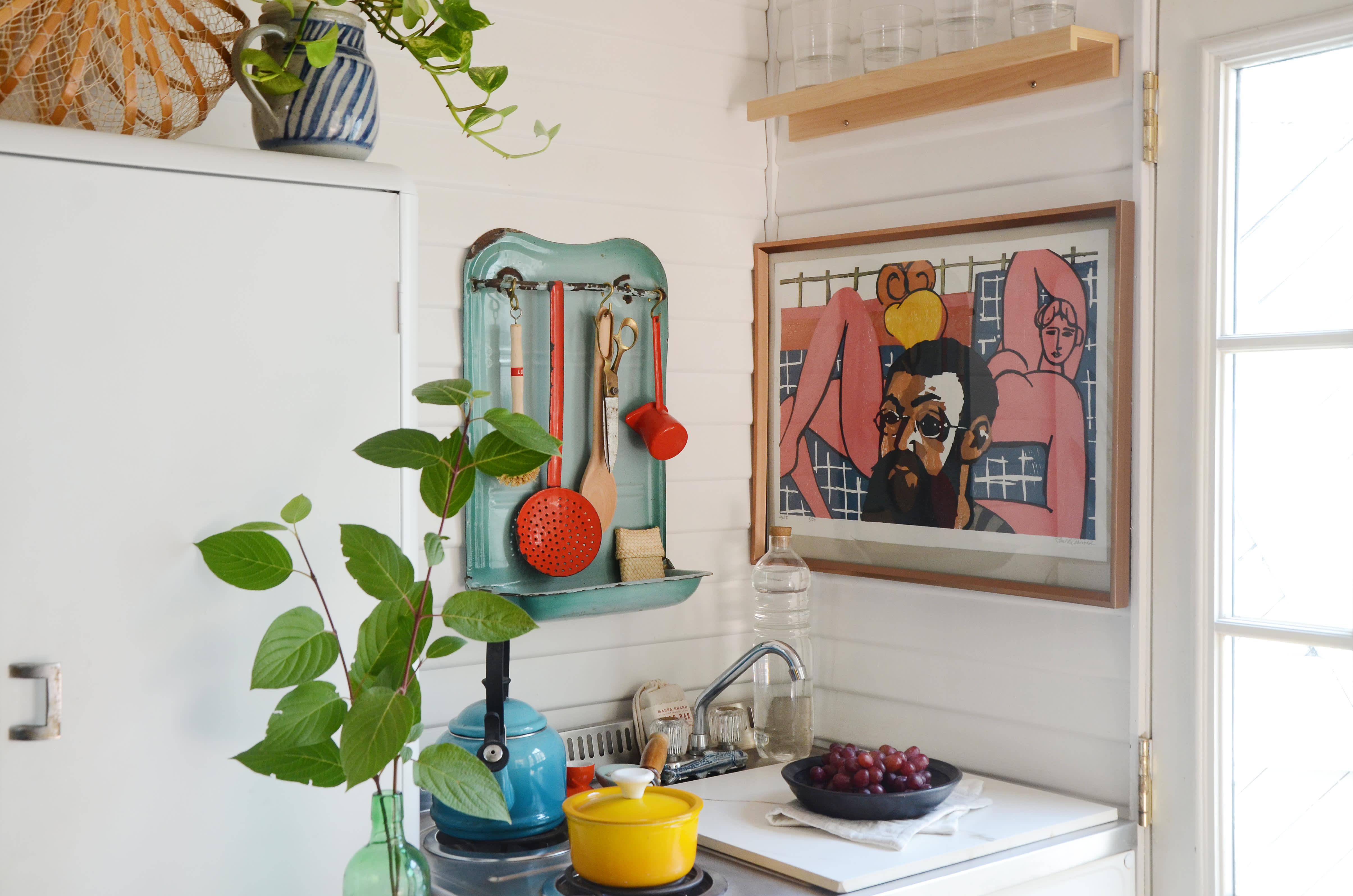 House Tour: A Garage Turned 200-Square-Foot Bungalow
