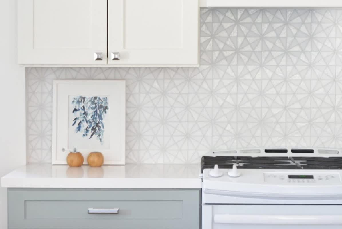 Kitchen Backsplash - Tile Ideas, Pictures, Designs ...