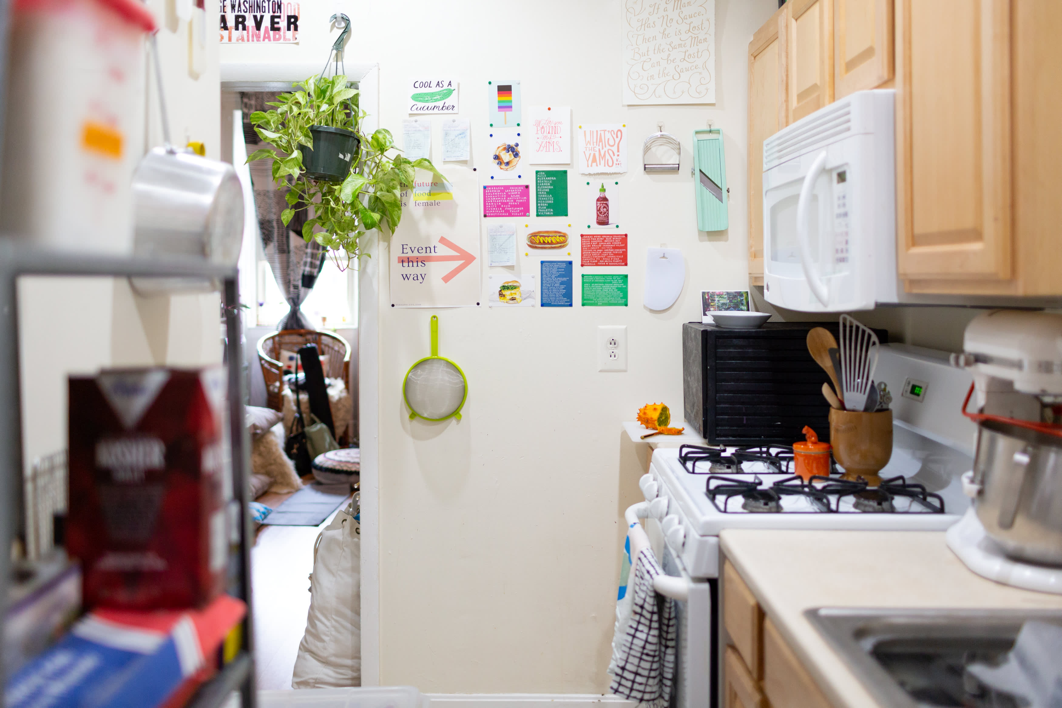 Tiny Studio Apartment Tour BLK//SUGAR Bakery Owner | Apartment Therapy