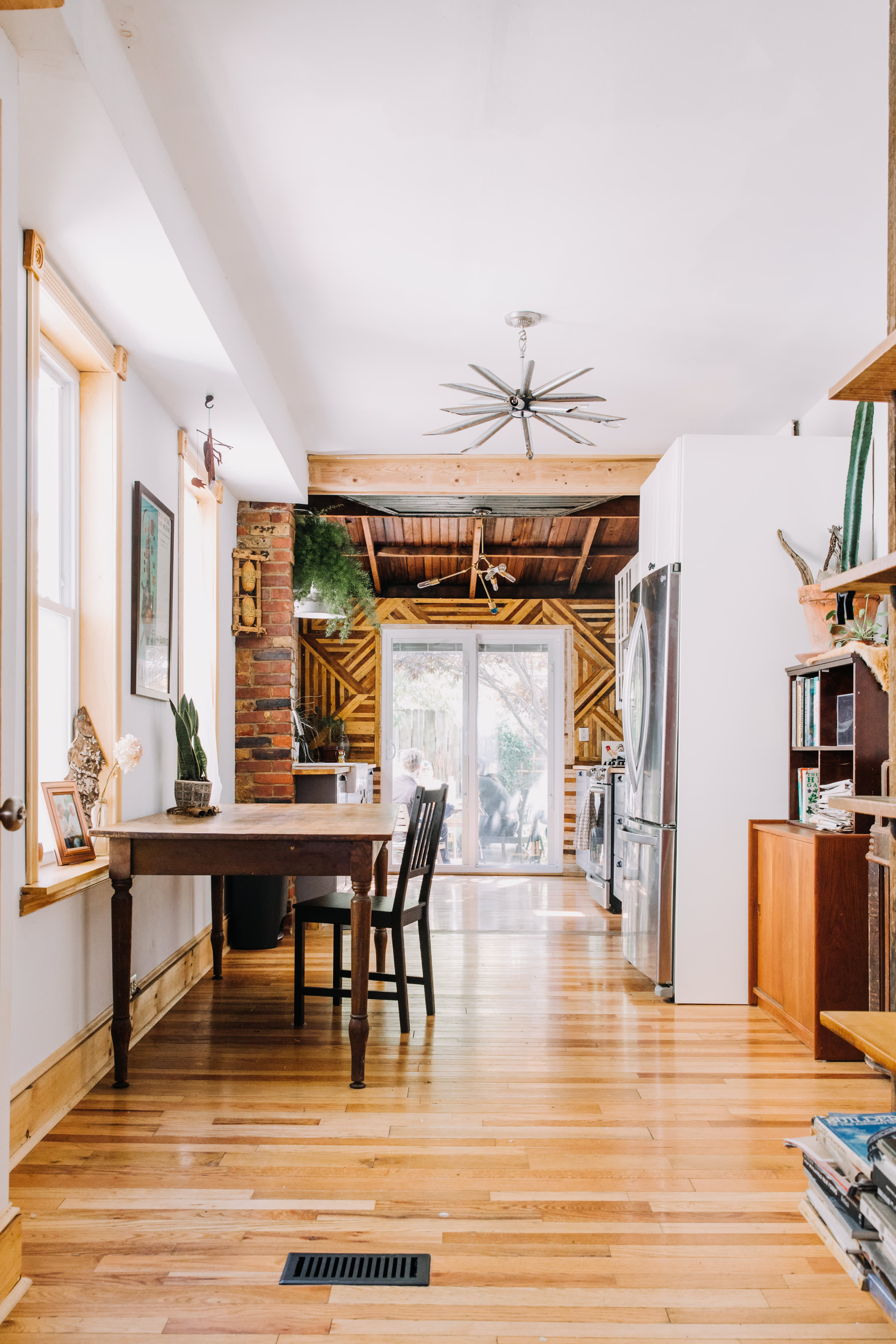 Tour A Philadelphia Row Home Hand Built Diy Apartment Therapy