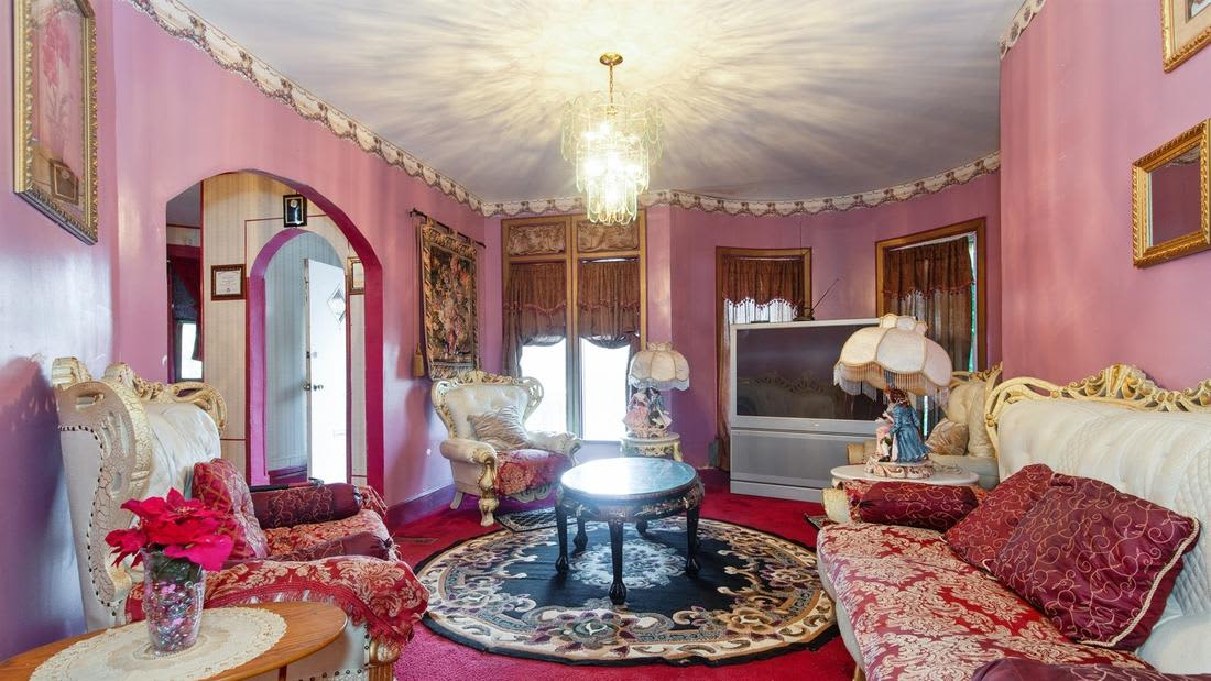 Pink Victorian Mansion Hits The Market For $290,000 ...