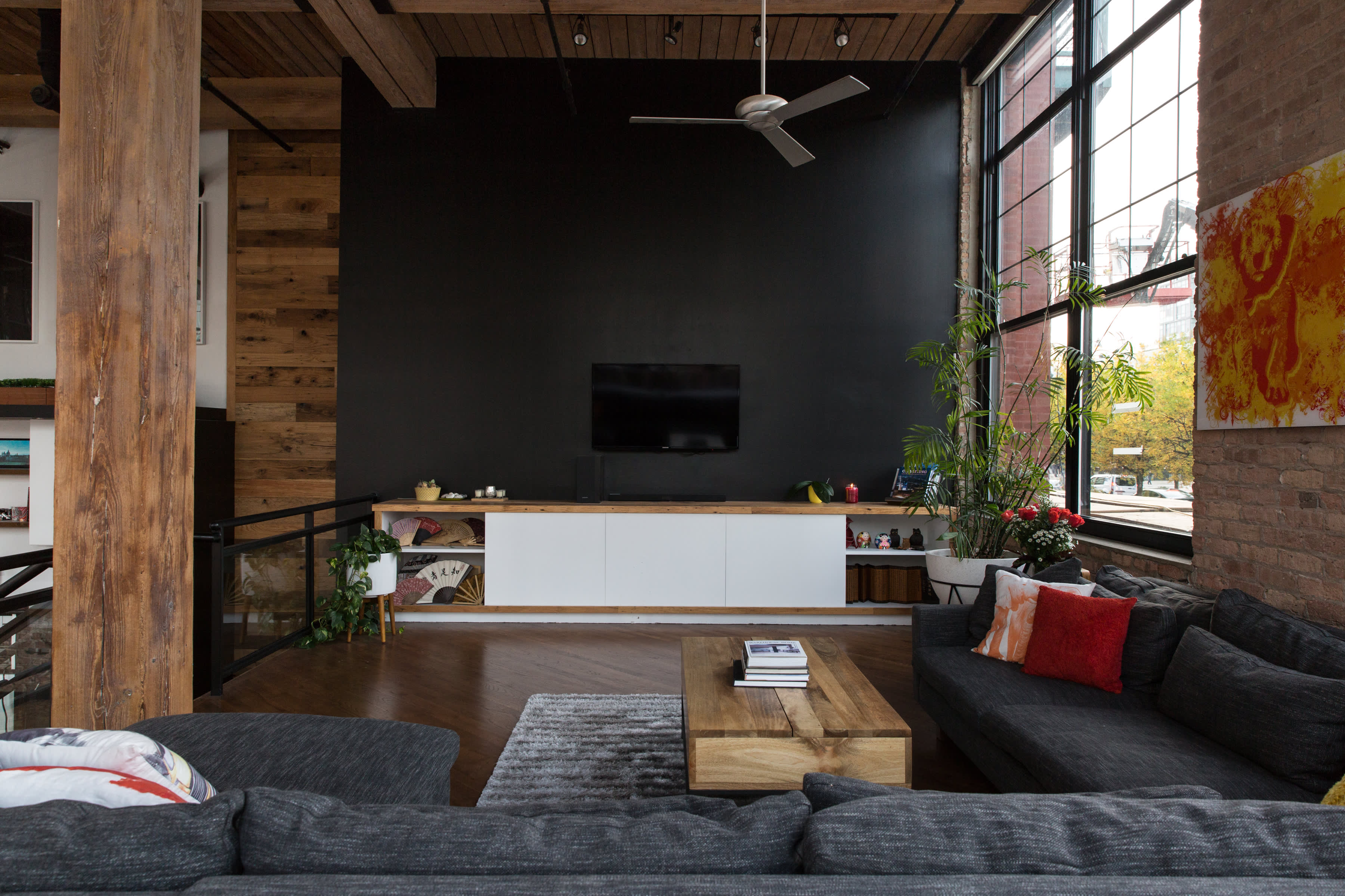 Fantastic Warm Industrial Remodeled Chicago Loft Tour Apartment Therapy Home Interior And Landscaping Transignezvosmurscom